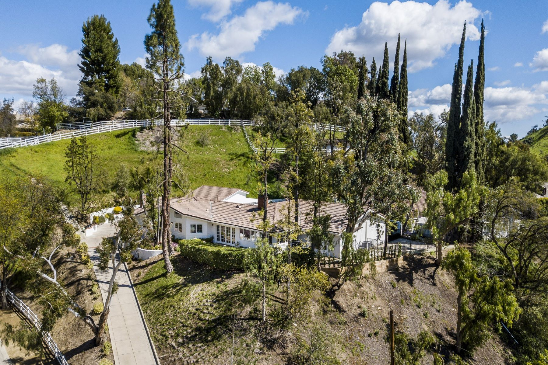 Single Family Homes for Sale at 5791 Jed Smith Road Hidden Hills, California 91302 United States