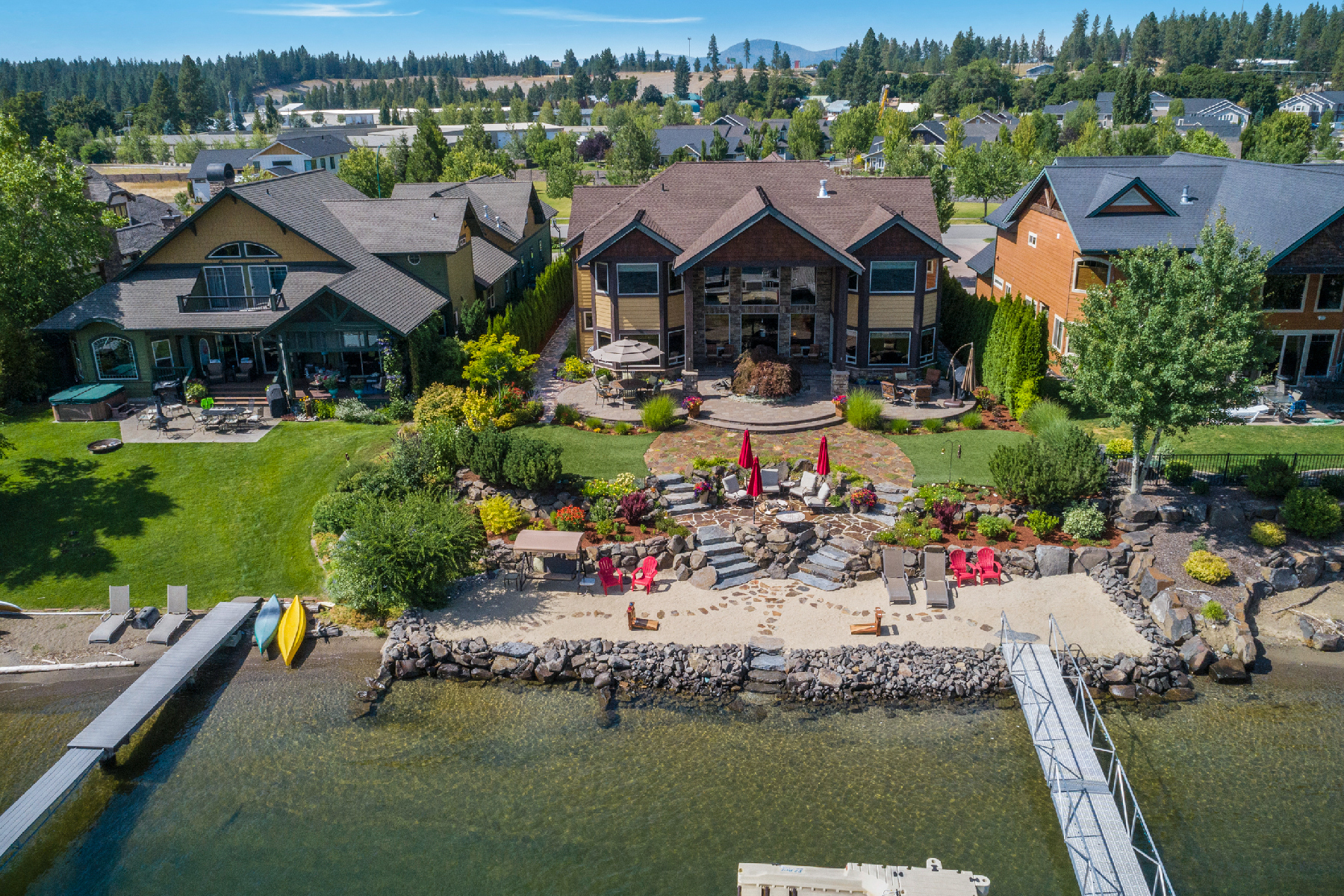 Single Family Homes for Sale at Coeur d'Alene's Best! 4861 W Mill River Ct Coeur D Alene, Idaho 83814 United States