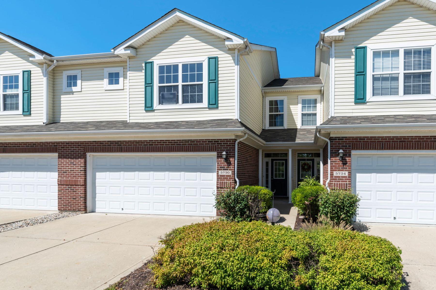 Condominiums por un Venta en Extraordinary Condo in Noblesville 5730 Castor Way, Noblesville, Indiana 46062 Estados Unidos