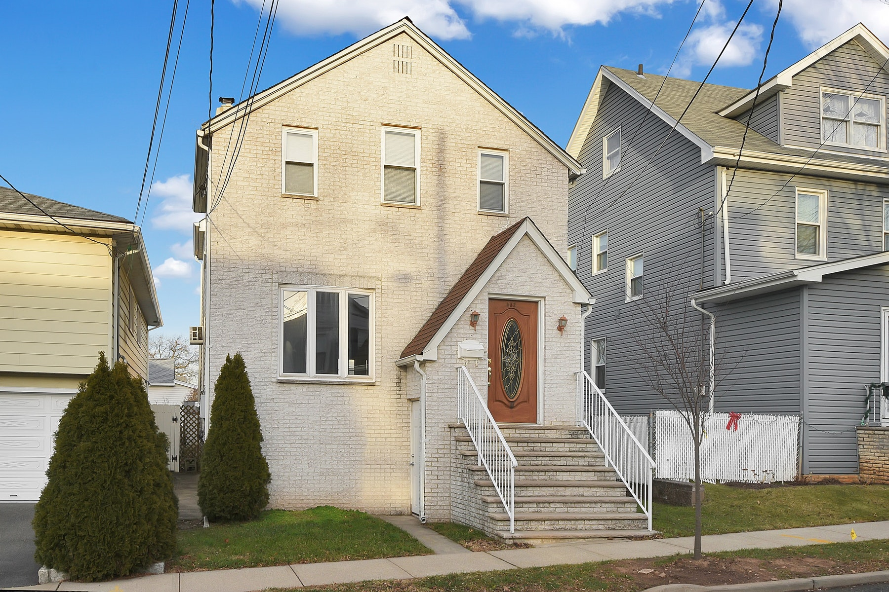 Single Family Home for Sale at Ready to Move In 455 Summit Ave, Carlstadt, New Jersey 07072 United States