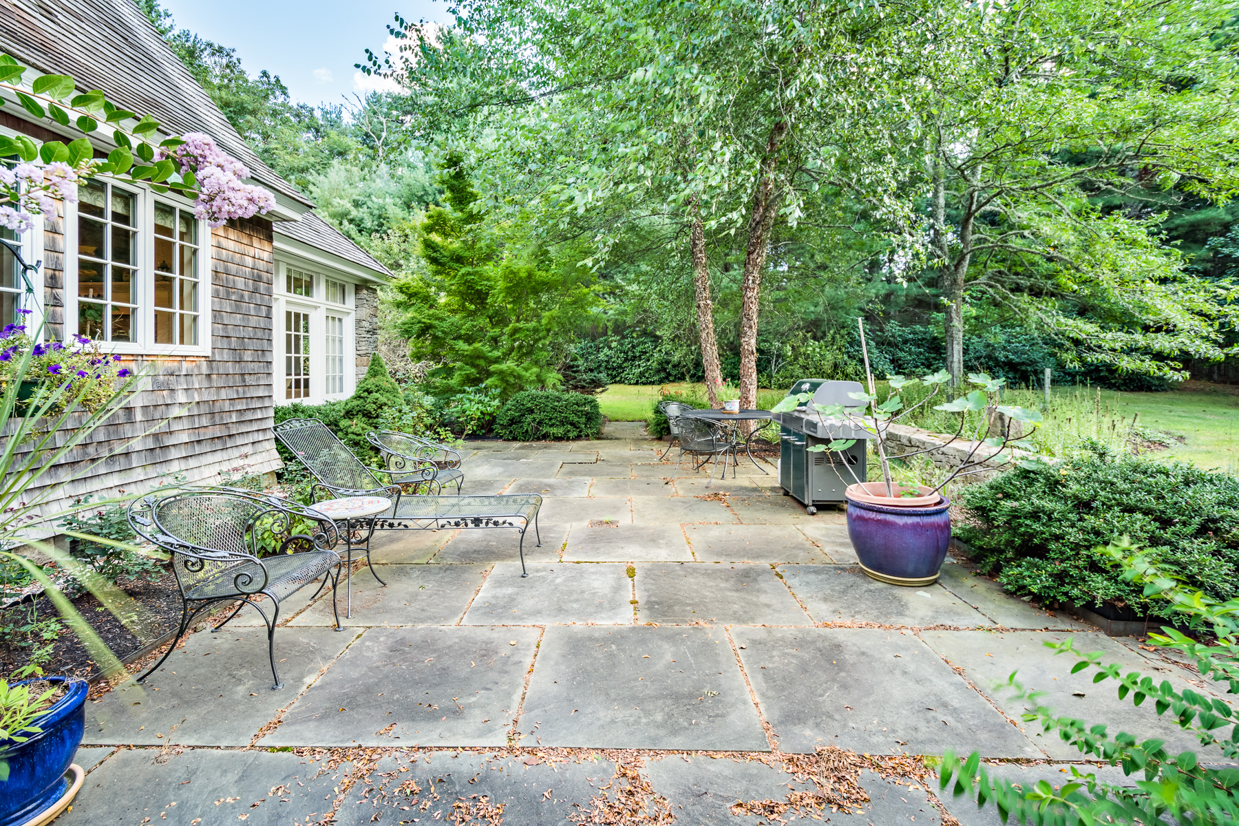 Additional photo for property listing at 'Eagle's Nest' 409 Pine Hill Road Westport, Massachusetts 02790 United States