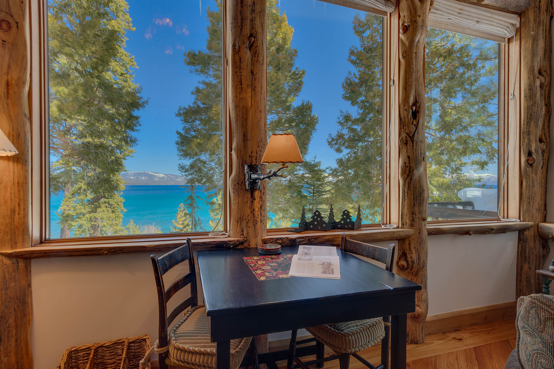 Additional photo for property listing at Beach Living at Its Finest 6400 West Lake Blvd #22 Homewood, California 96141 Estados Unidos