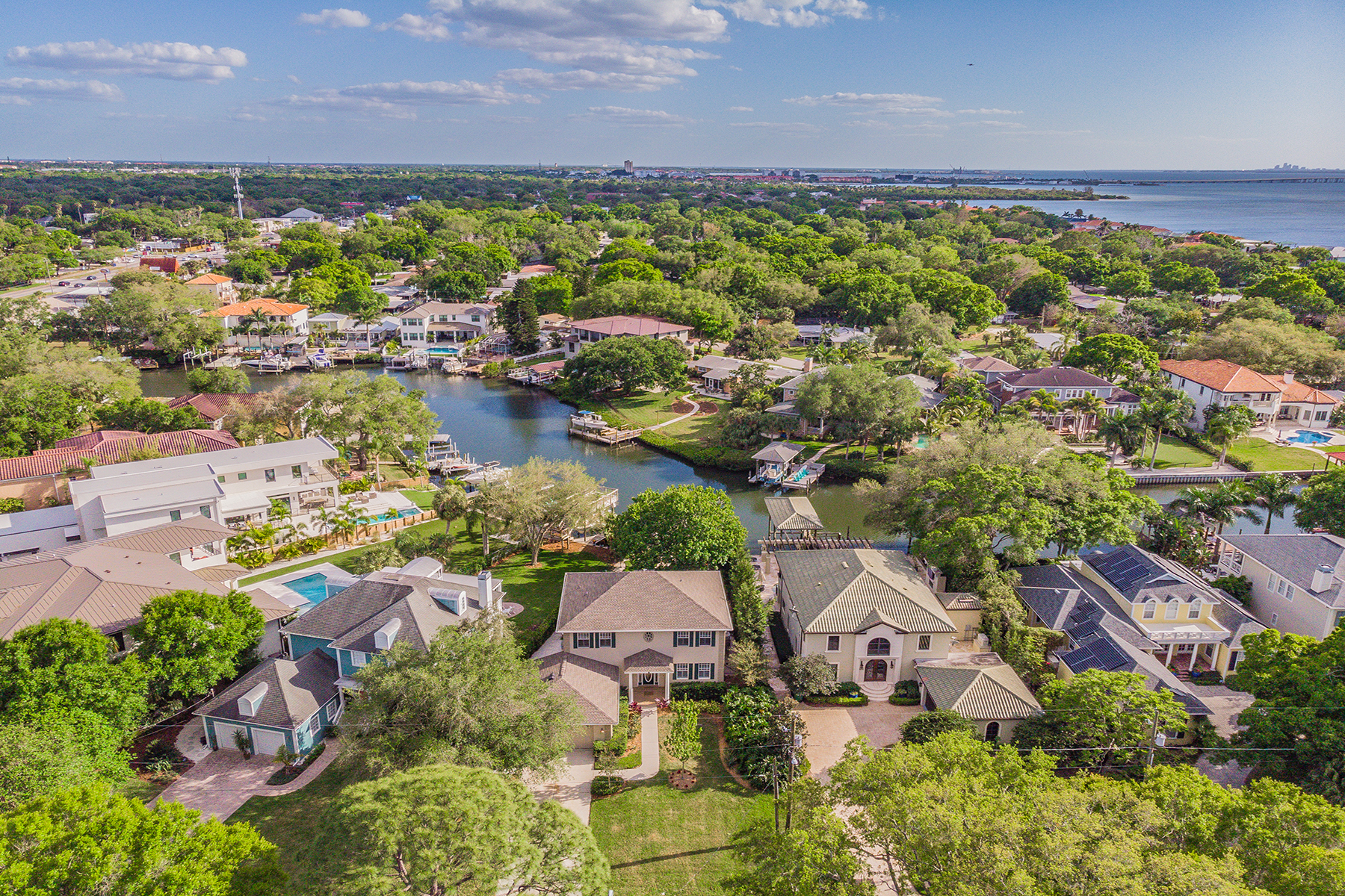 single family homes for Active at SOUTH TAMPA 5006 W Leona St Tampa, Florida 33629 United States