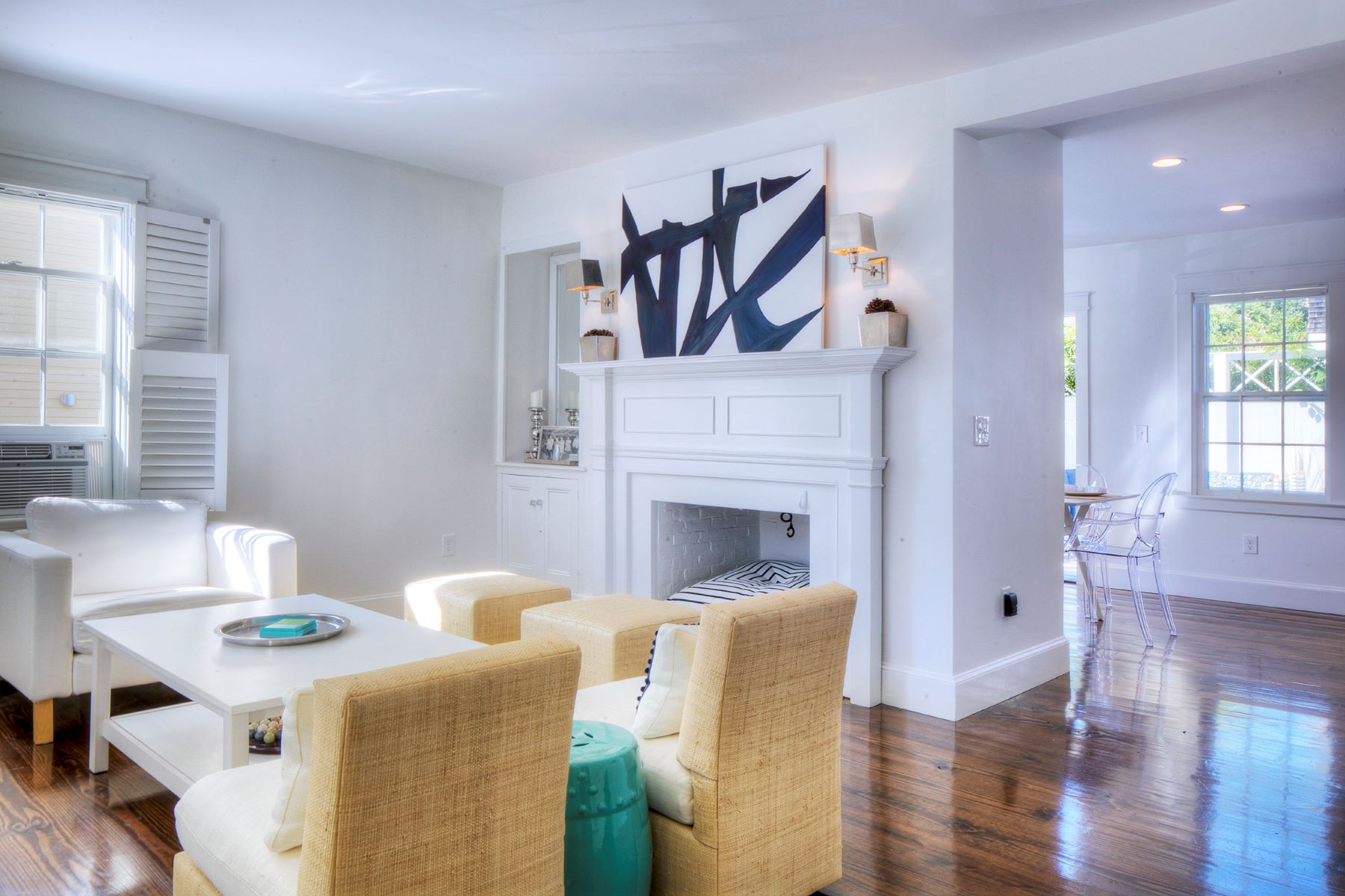 Additional photo for property listing at Greek Revival with Legal Apartment 28 30 John Street Newport, Rhode Island 02840 United States