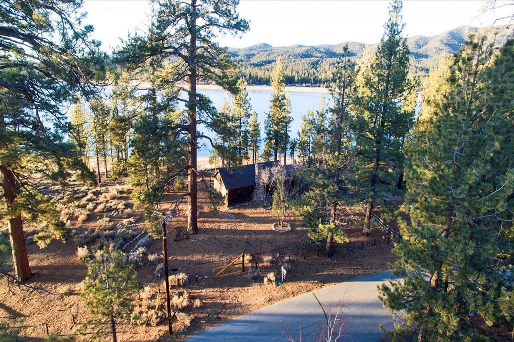 Single Family Homes for Sale at 250 Eagle Drive Big Bear Lake, CA 92315 250 Eagle Drive Big Bear Lake, California 92315 United States