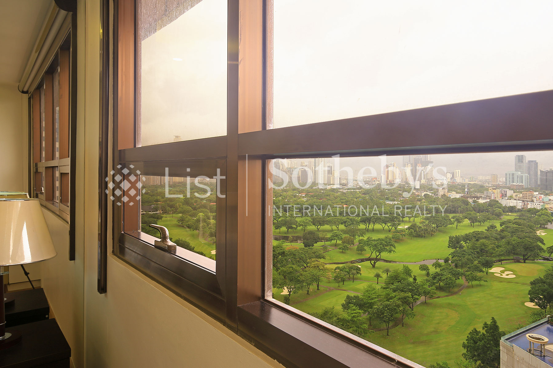 Additional photo for property listing at One Bedroom in Icon Residences  Taguig, Luzon 1634 Philippines
