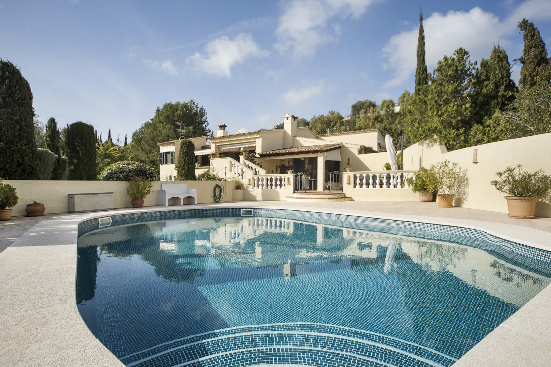 Single Family Home for Sale at Delightful villa with swimming pool in Son Font Other Balearic Islands, Balearic Islands, 07184 Spain
