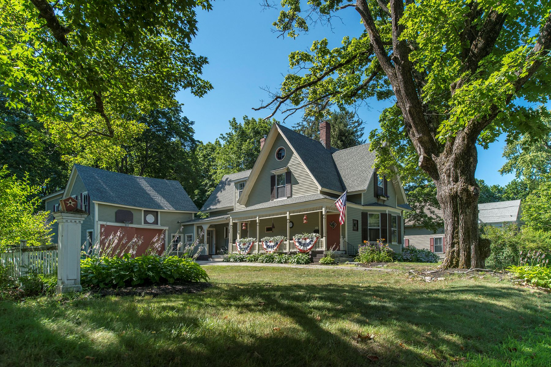 Single Family Home for Sale at 30 Park Street Kennebunk, Maine 04043 United States