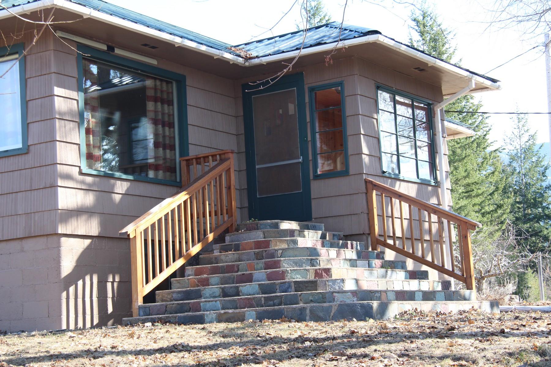 Single Family Homes por un Venta en 26366 Bear Hollow Polson, Montana 59860 Estados Unidos