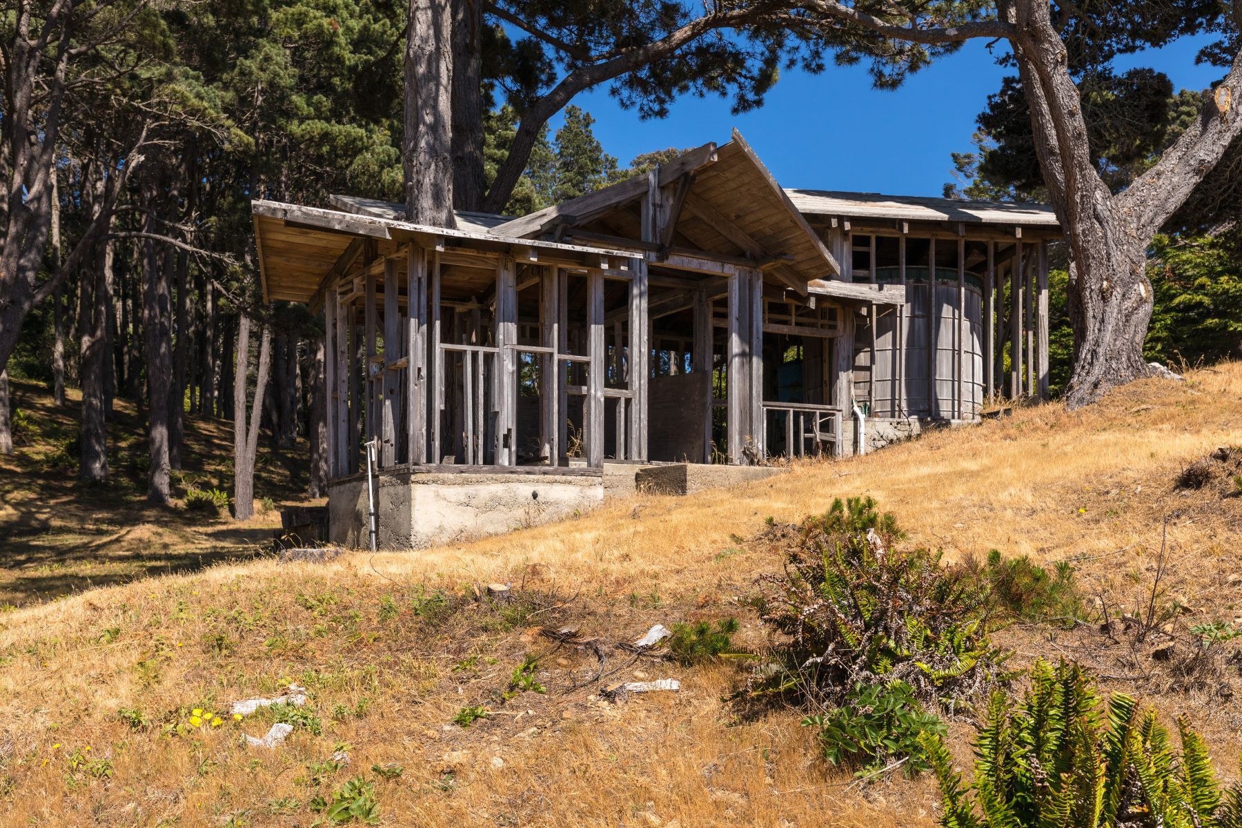 Additional photo for property listing at Mendocino Coast Oceanfront 6056-6064 N. Highway One Little River, California 95456 Estados Unidos