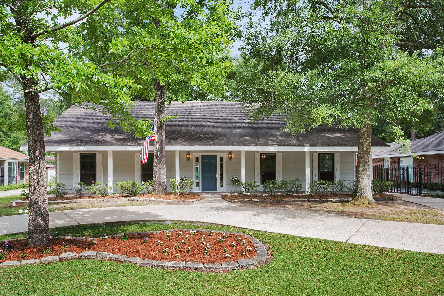 Tek Ailelik Ev için Satış at 127 Highland Drive Mandeville, Louisiana, 70471 Amerika Birleşik Devletleri