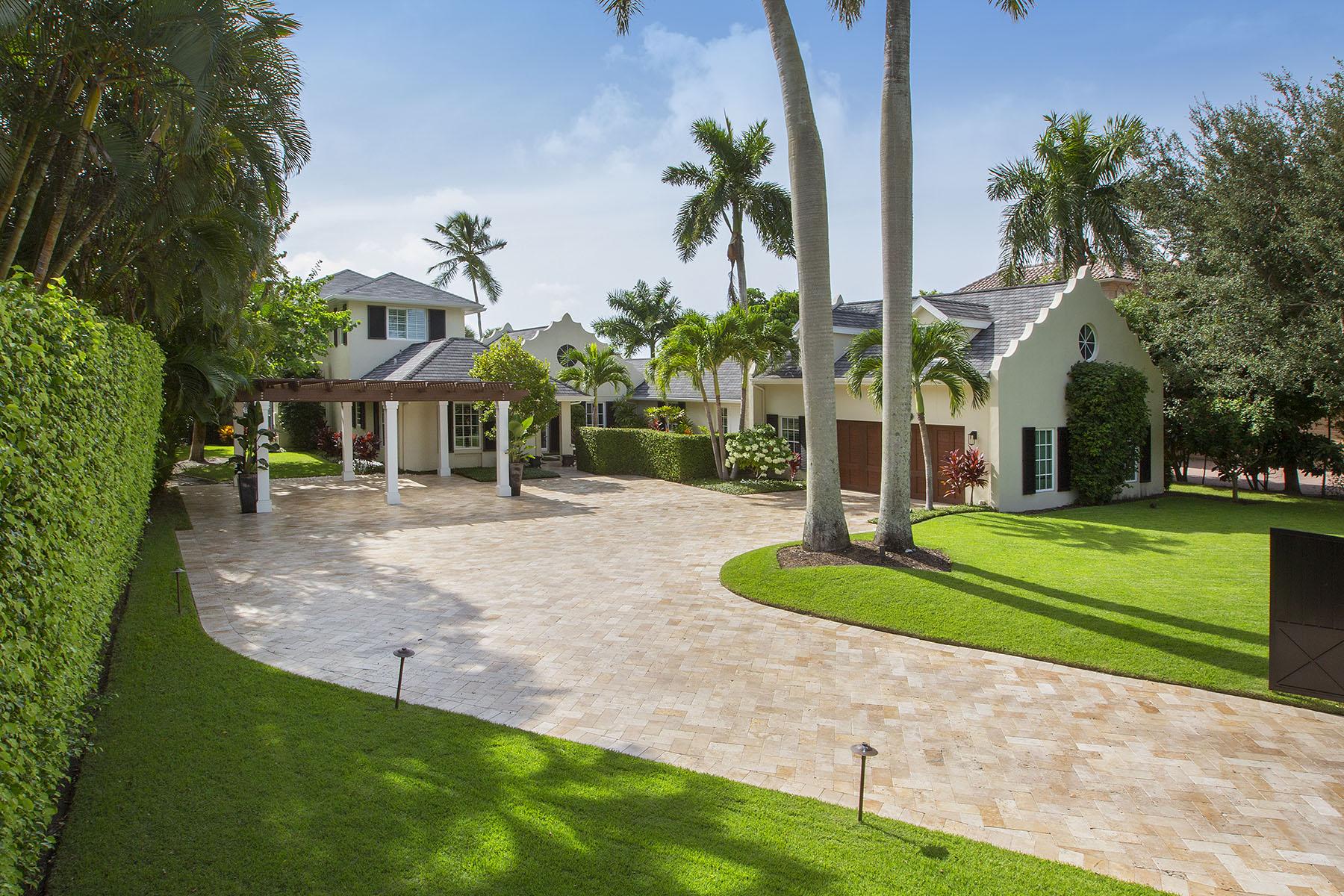 Single Family Homes por un Venta en 958 Spyglass Lane Nápoles, Florida 34102 Estados Unidos