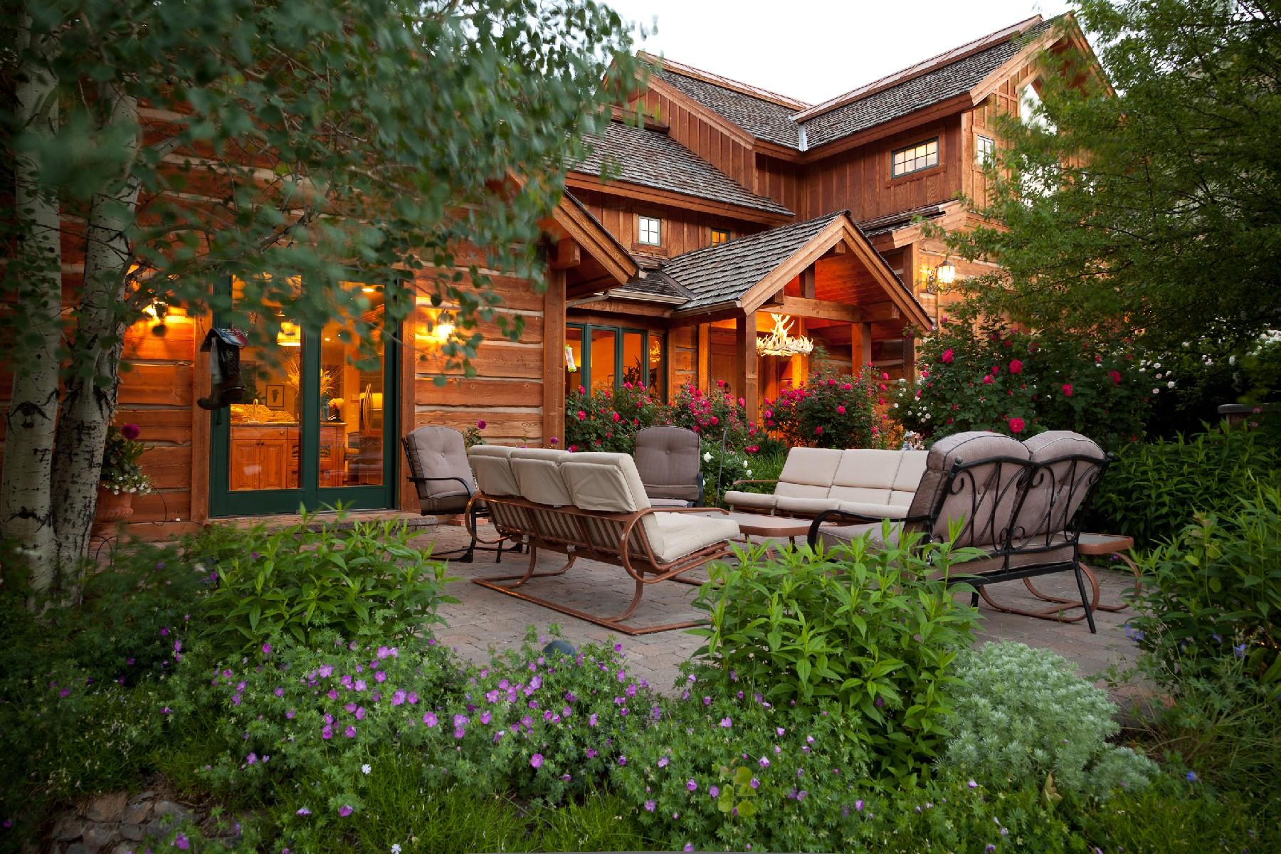 Casa para uma família para Venda às Red Devil Estate 209 Red Devil Drive Hailey, Idaho, 83333 Estados Unidos