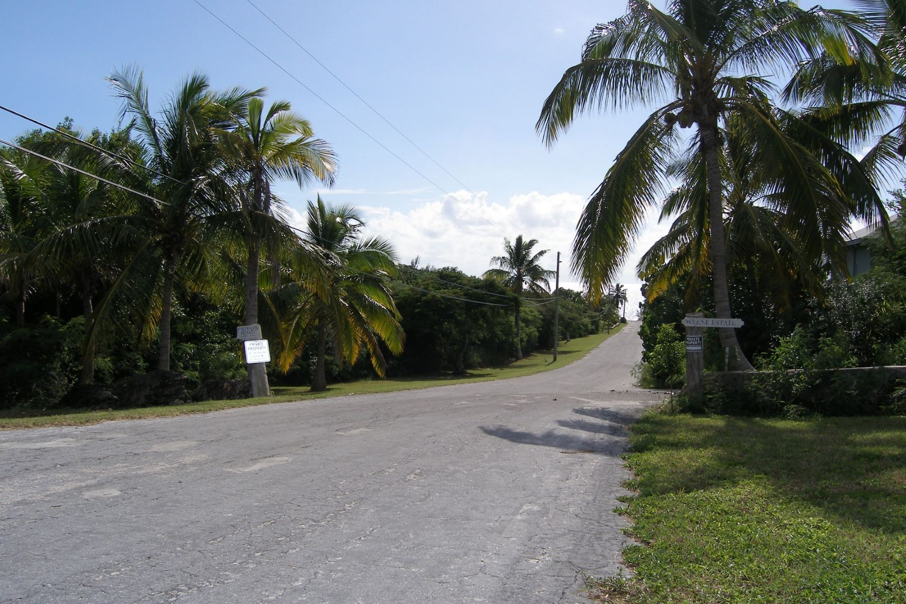 Additional photo for property listing at Residential Lot with Sea Views Governors Harbour, Eleuthera Bahamas