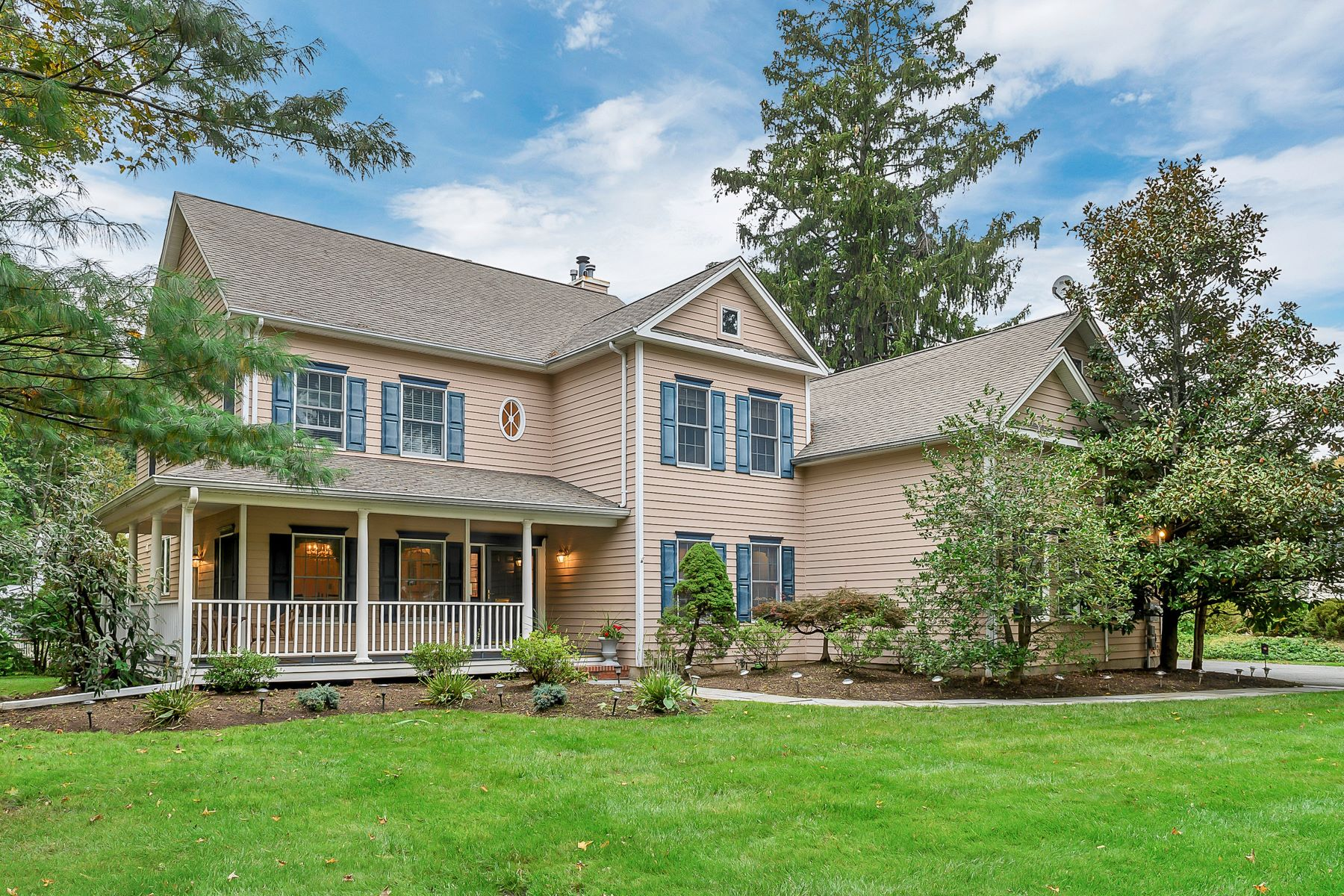 Single Family Homes for Sale at Welcoming Colonial 106 Intervale Road Mountain Lakes, New Jersey 07046 United States