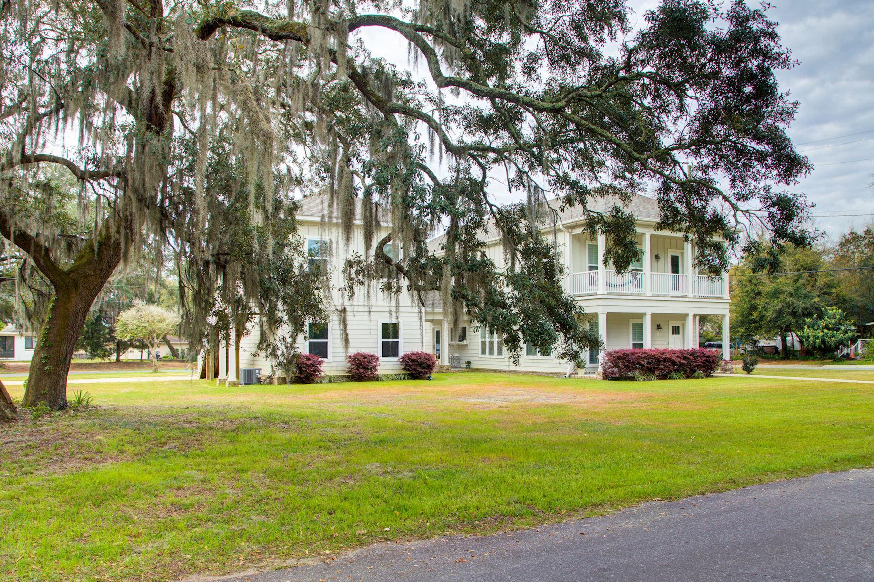 Single Family Homes のために 売買 アット Casa de Luna 3001 E Jackson St., Pensacola, フロリダ 32503 アメリカ