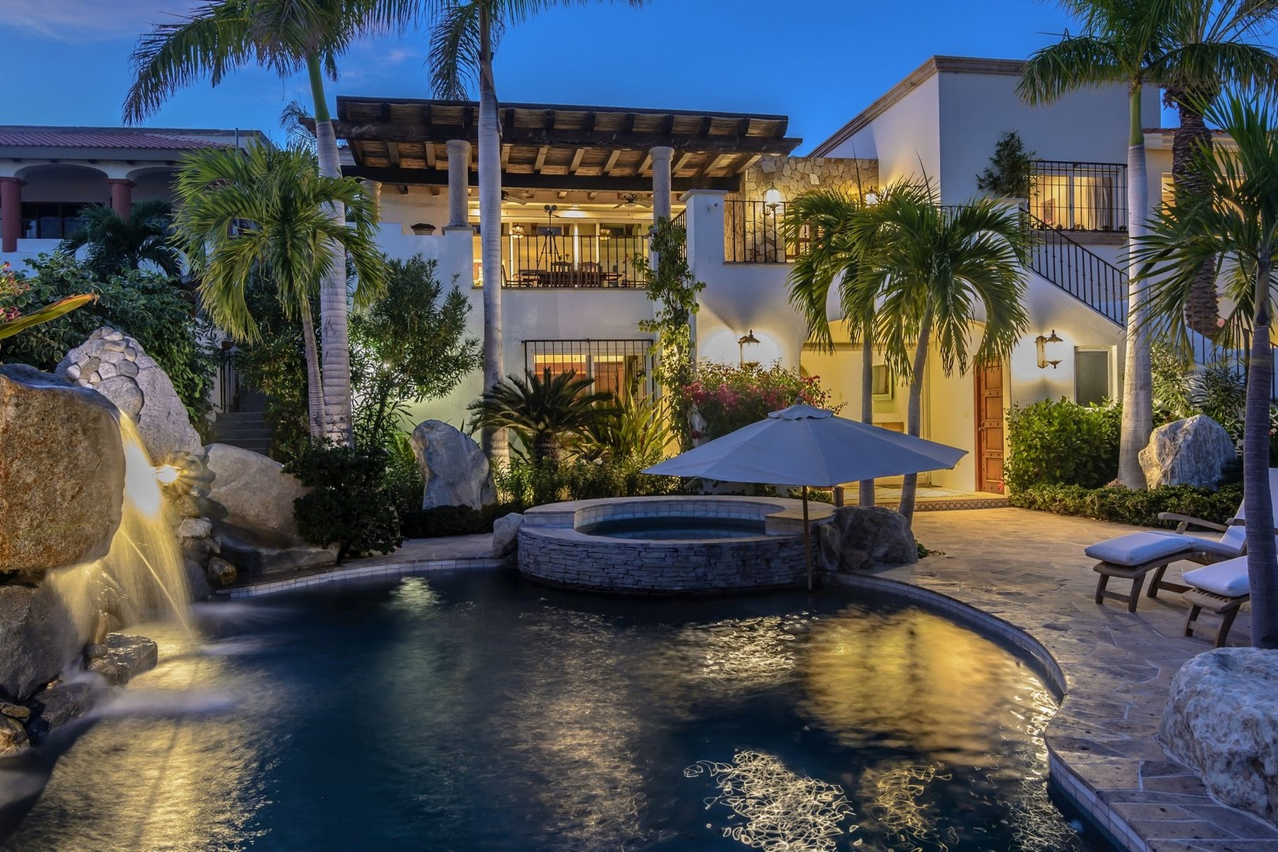 Additional photo for property listing at Casa Alegria Lote 2 C. Buena Vista La Jolla San Jose Del Cabo, Baja California Sur 23406 Mexico