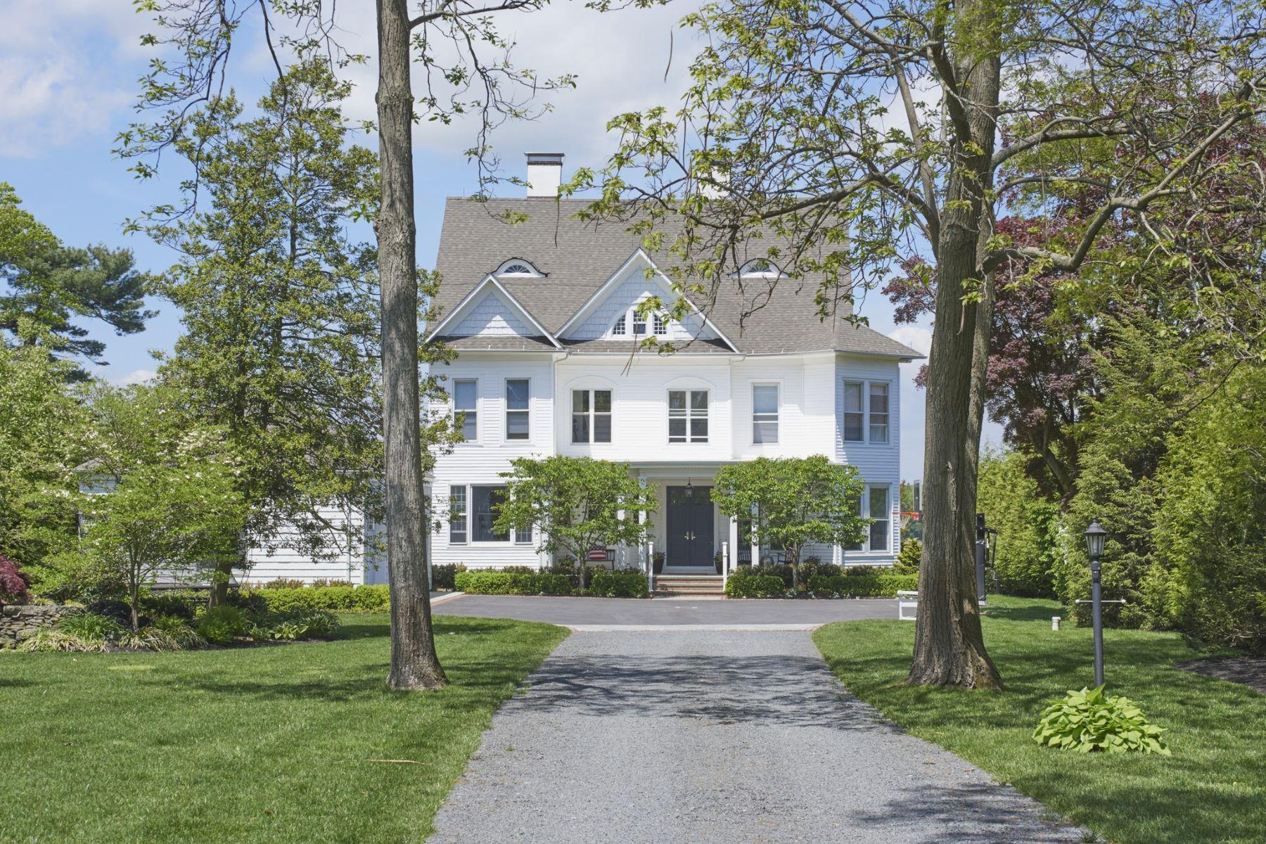 단독 가정 주택 용 매매 에 Home Sweet Home 169 River Rd Red Bank, 뉴저지, 07701 미국