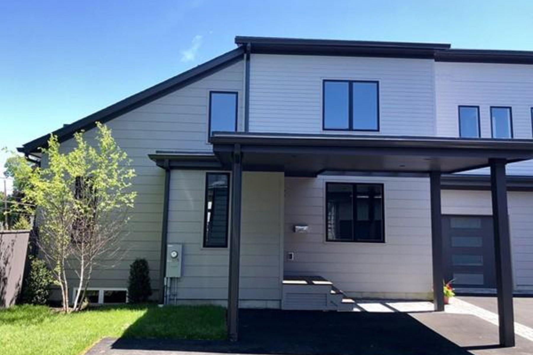 Condominiums 为 销售 在 25 Auburndale Ave 25 牛顿, 马萨诸塞州 02465 美国