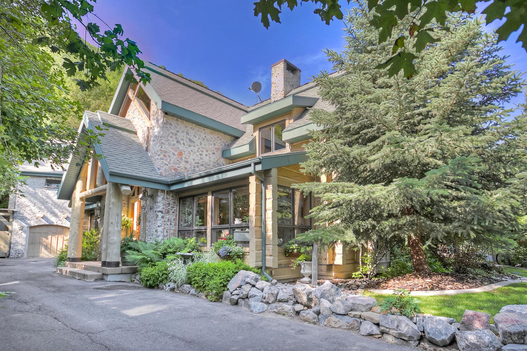 Casa Unifamiliar por un Venta en Gorgeous Log Home on the Hobble Creek Golf Course 6106 E Grindstone Dr Springville, Utah, 84663 Estados Unidos