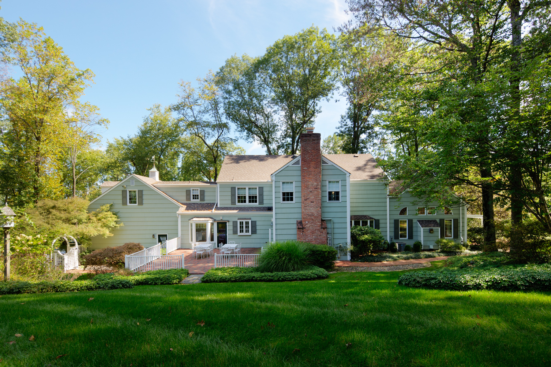 Moradia para Venda às Delightful Colonial 154 Deer Ridge Road, Basking Ridge, Nova Jersey 07920 Estados Unidos