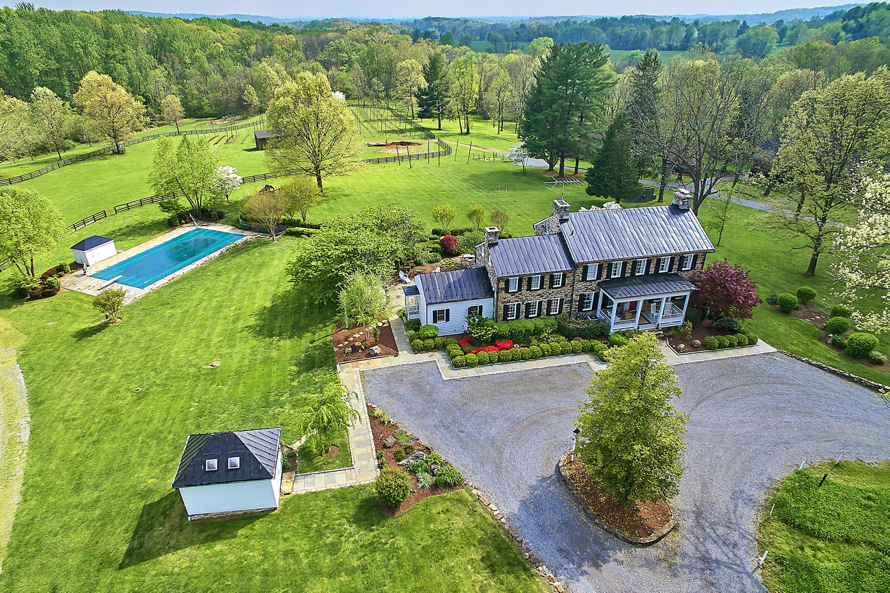 Ferme / Ranch / Plantation pour l Vente à Rockwood Manor 231 Saint Paul Street Hamilton, Virginia 20158 États-Unis