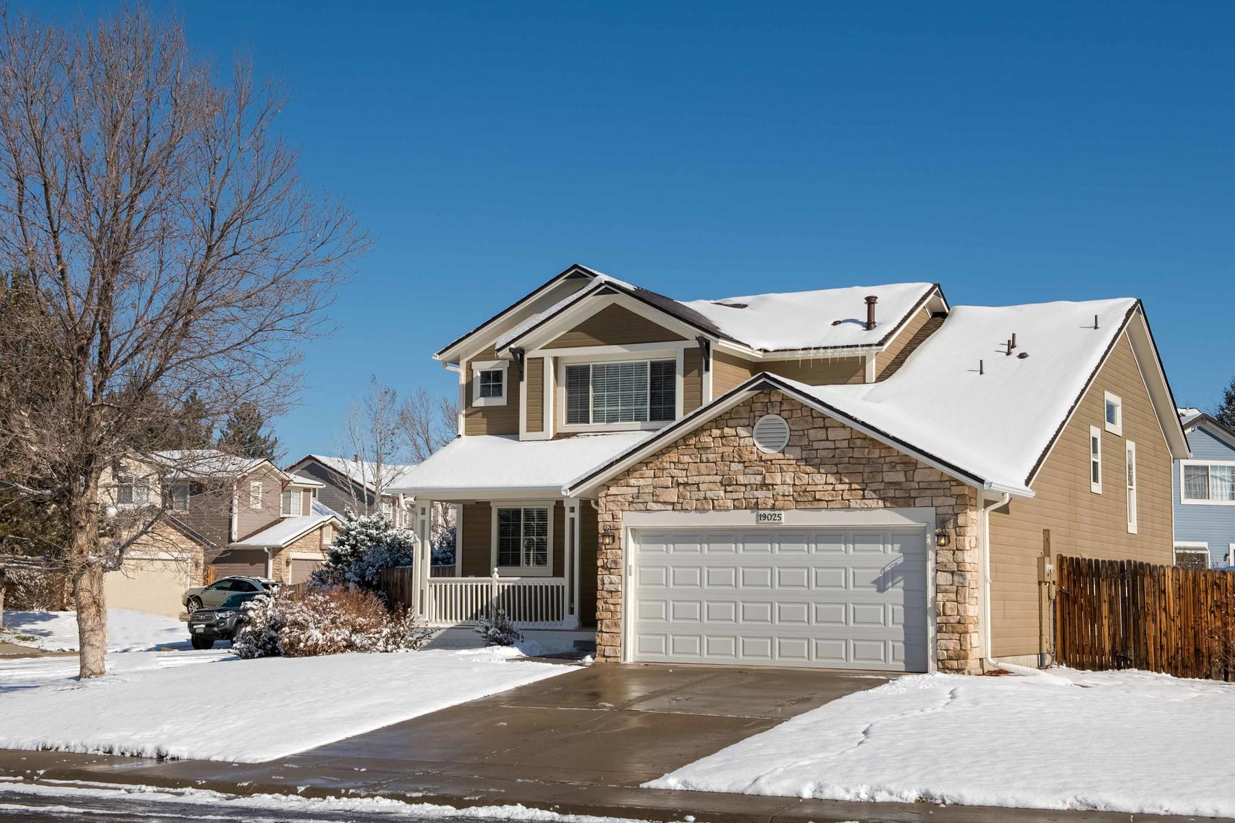 Property for Active at Awesome Home Pride's Crossing 19025 E Grand Cir Aurora, Colorado 80015 United States