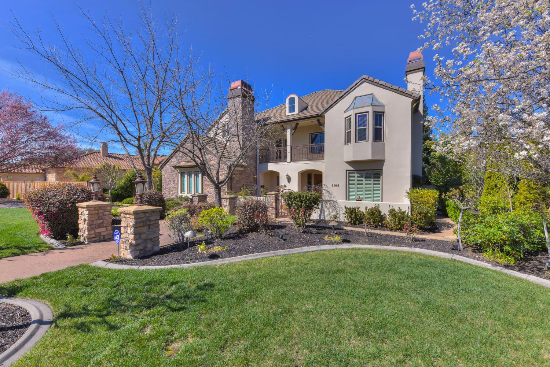 Maison unifamiliale pour l Vente à 5165 Stirling St, Granite Bay, CA 5165 Stirling St Granite Bay, Californie 95746 États-Unis