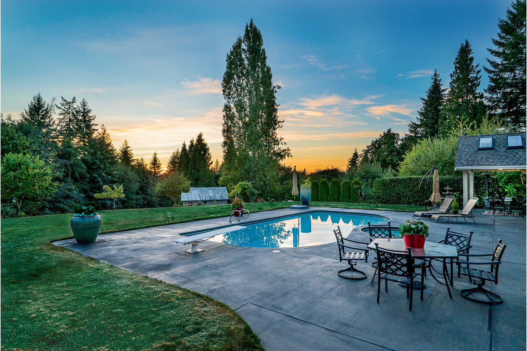 Additional photo for property listing at 23110 75th Ave, Woodinville 23110 75th Ave SE Woodinville, Washington 98072 United States