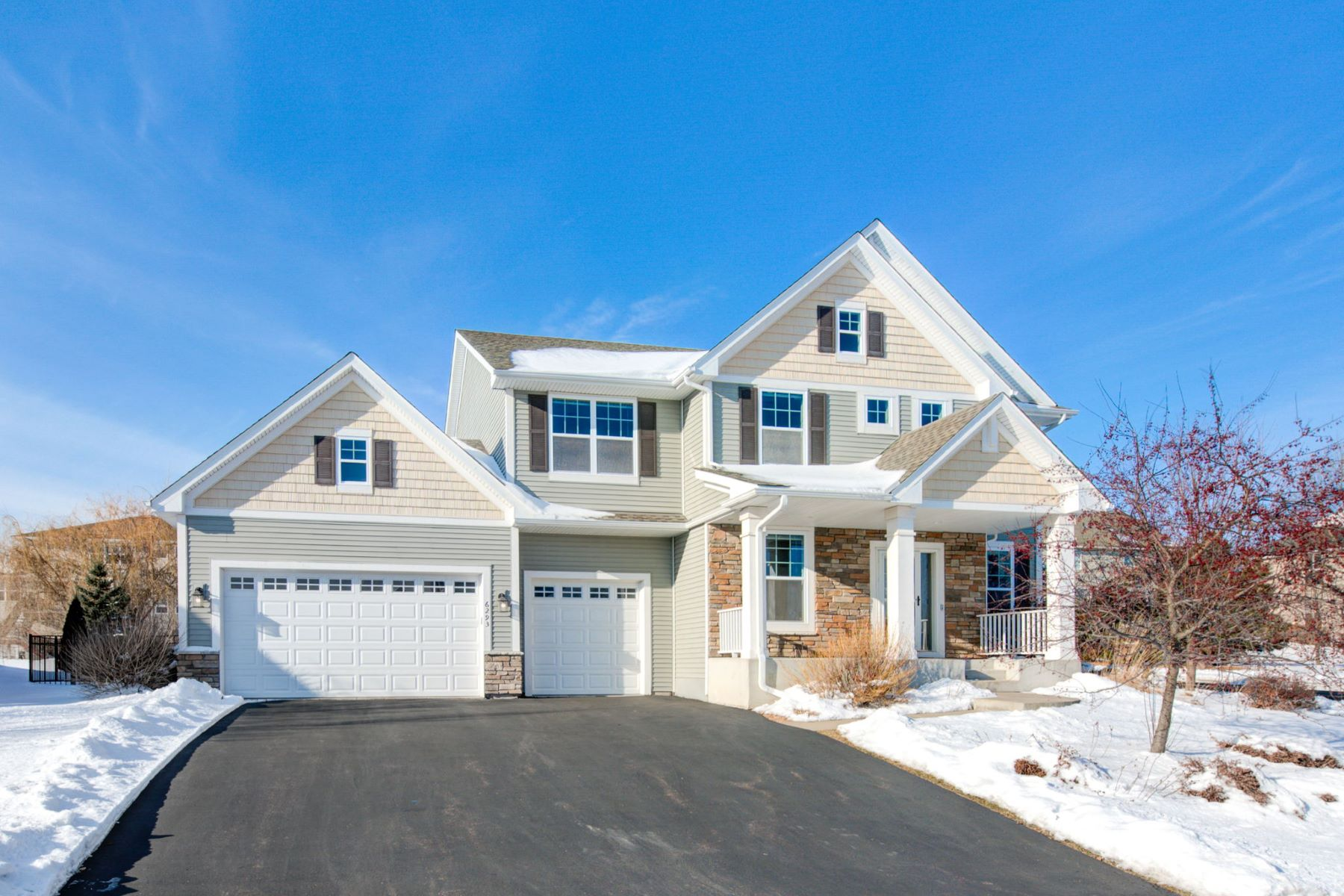 Single Family Homes for Sale at Better Than New! 5 Bedroom Home in Desired Bonaire Neighborhood! 6293 Peony Lane N Maple Grove, Minnesota 55311 United States