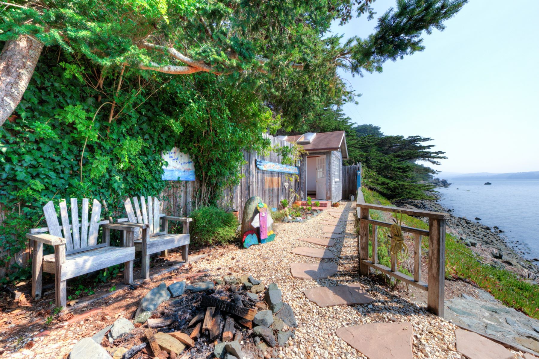 Additional photo for property listing at Angel Rock - The Perfect Getaway 23065 State Route 1 Marshall, California 94940 United States