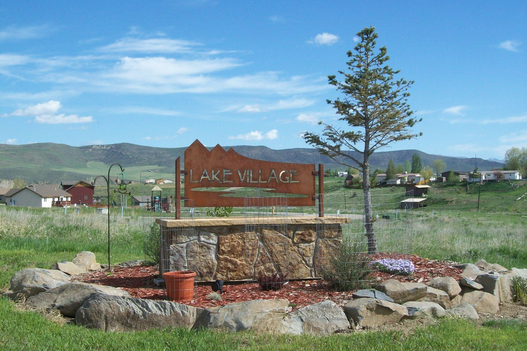 Land for Active at Affordable Lot in Hayden 358 Lake View Drive Hayden, Colorado 81639 United States