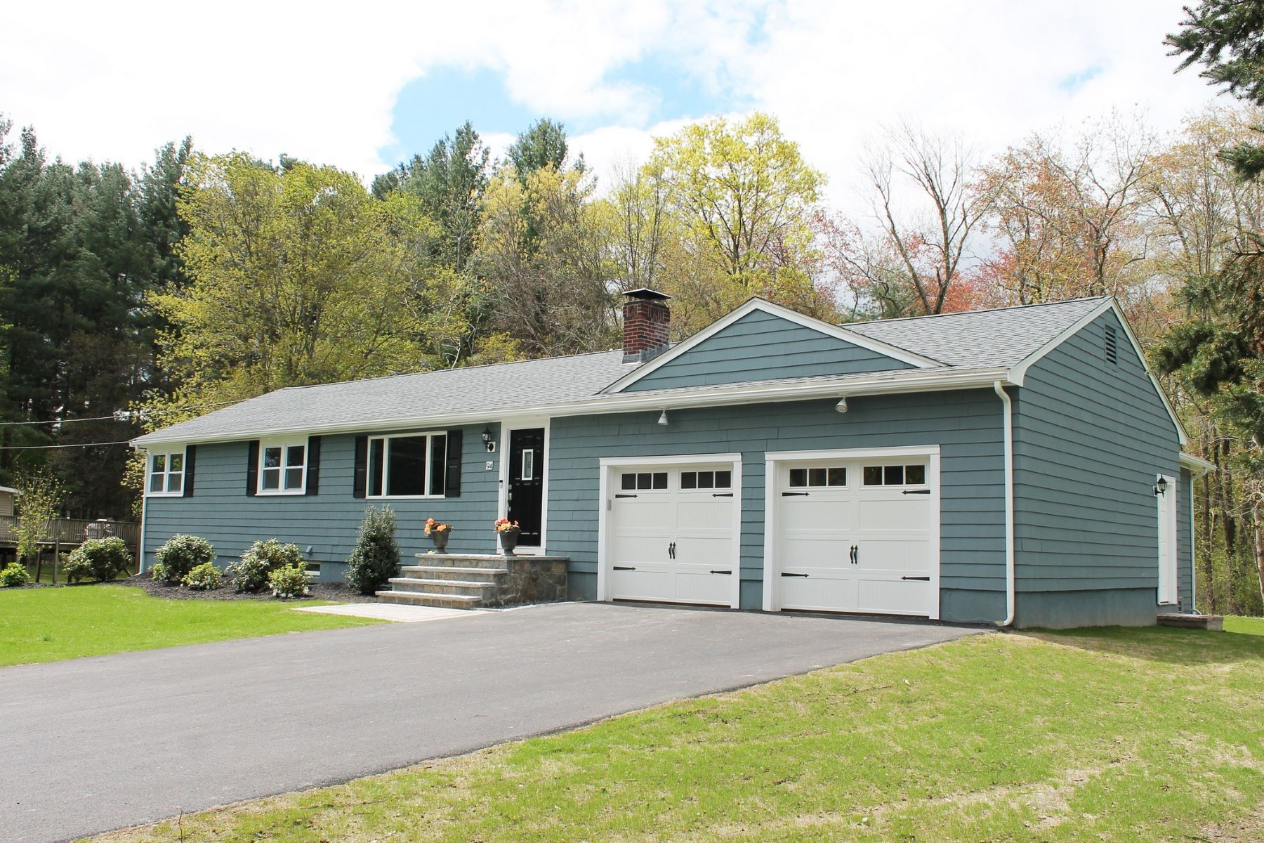 Single Family Home for Active at 94 Page Road, Bedford 94 Page Rd Bedford, Massachusetts 01730 United States