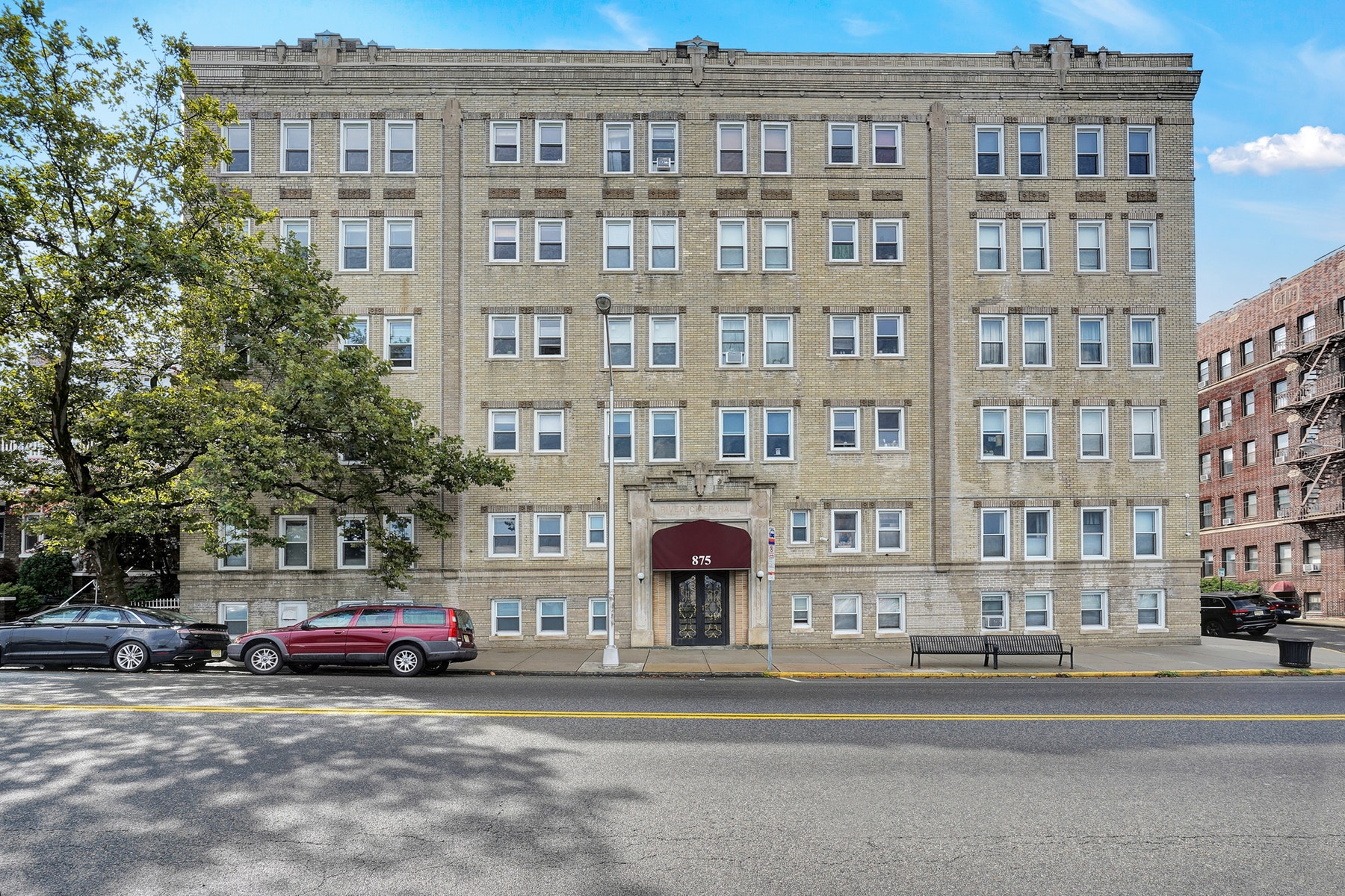 Co-op Properties for Sale at Rivercliff Hall Cooperatives 875 Boulevard East #41, Weehawken, New Jersey 07086 United States