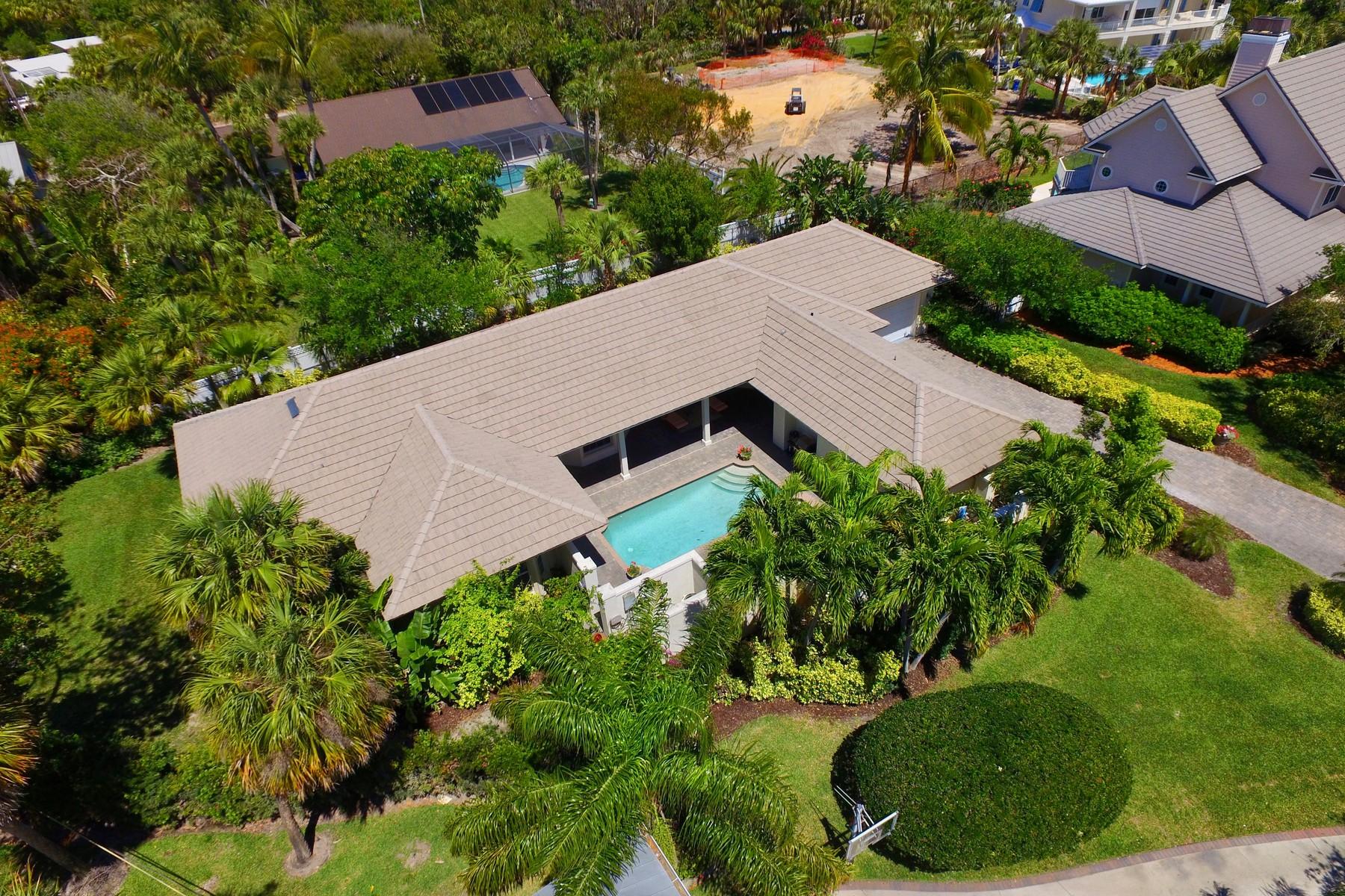 Casa para uma família para Venda às Opulent Custom Home, Guest Quarters 2220 E Ocean Oaks Lane Vero Beach, Florida, 32963 Estados Unidos