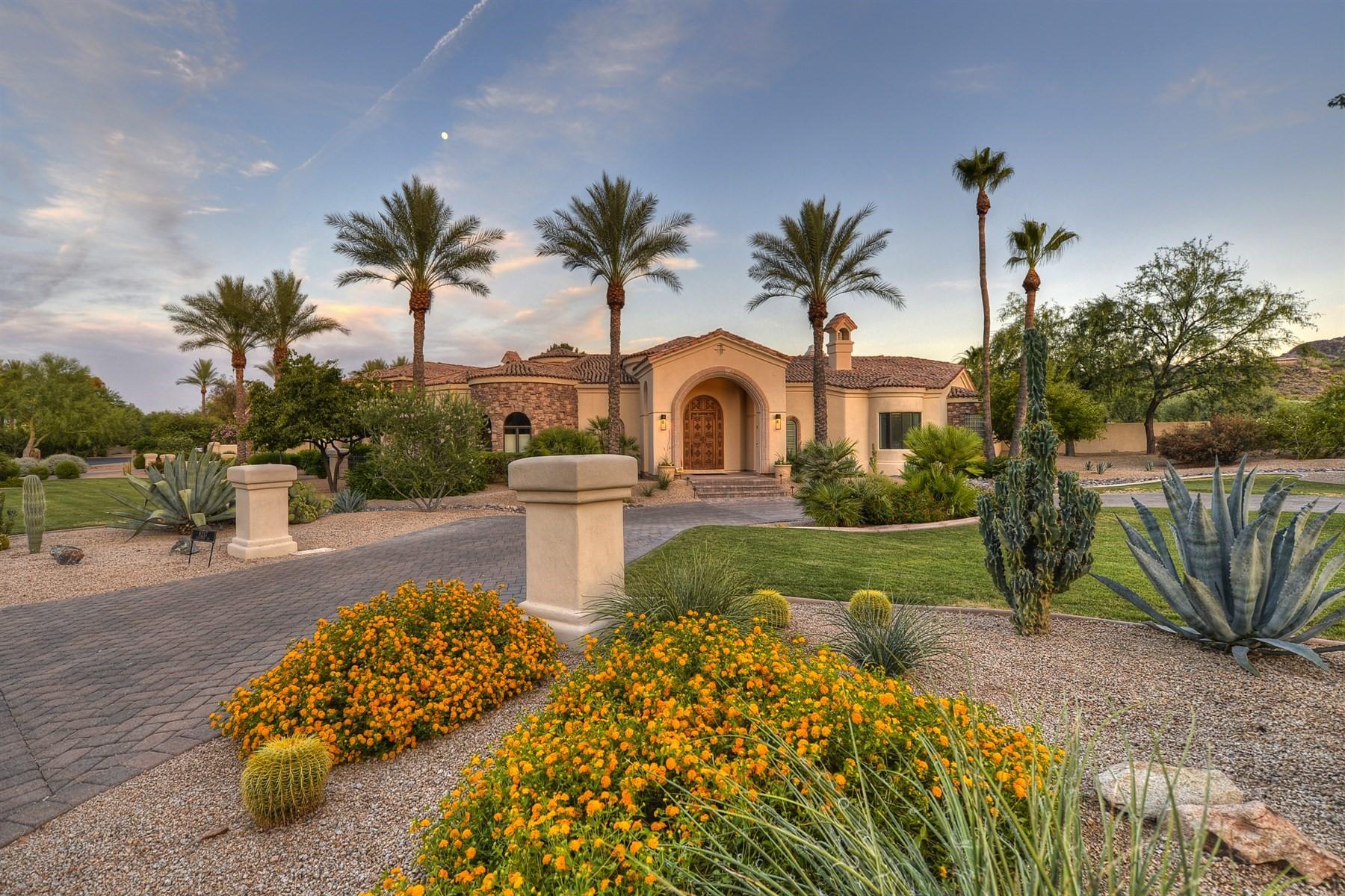 Частный односемейный дом для того Продажа на Newly updated Paradise Valley home 8217 N Coconino Rd, Paradise Valley, Аризона, 85253 Соединенные Штаты