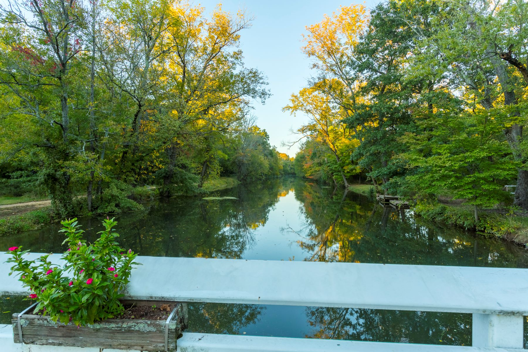 Additional photo for property listing at Overlooking the Picturesque D&R Canal 1117 Canal Road, Princeton, New Jersey 08540 United States
