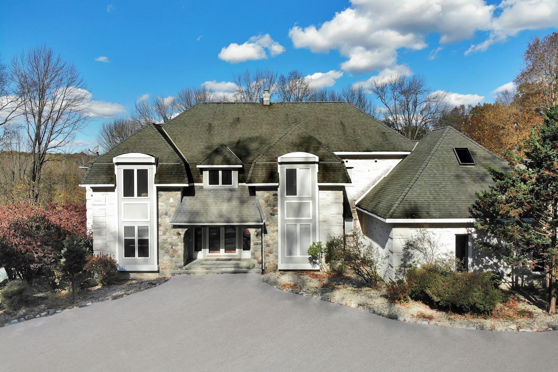 Single Family Homes por un Venta en 5 ACRE OASIS 647 W Mountain Rd. Sparta, Nueva Jersey 07871 Estados Unidos