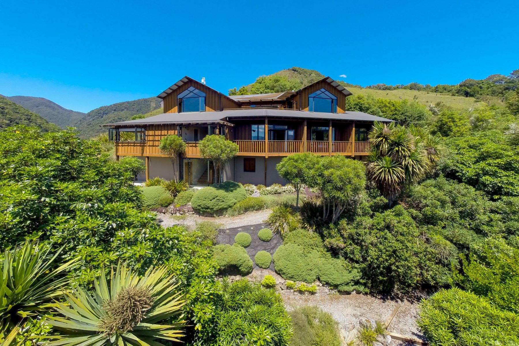 Single Family Home for Sale at Korimako 933 Matakitaki Road Other New Zealand, Other Areas In New Zealand, 7077 New Zealand