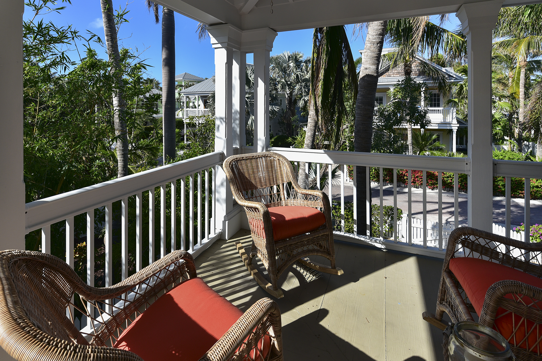 Additional photo for property listing at Oceanfront Home on Sunset Key 23 Sunset Key Drive Key West, Florida 33040 United States