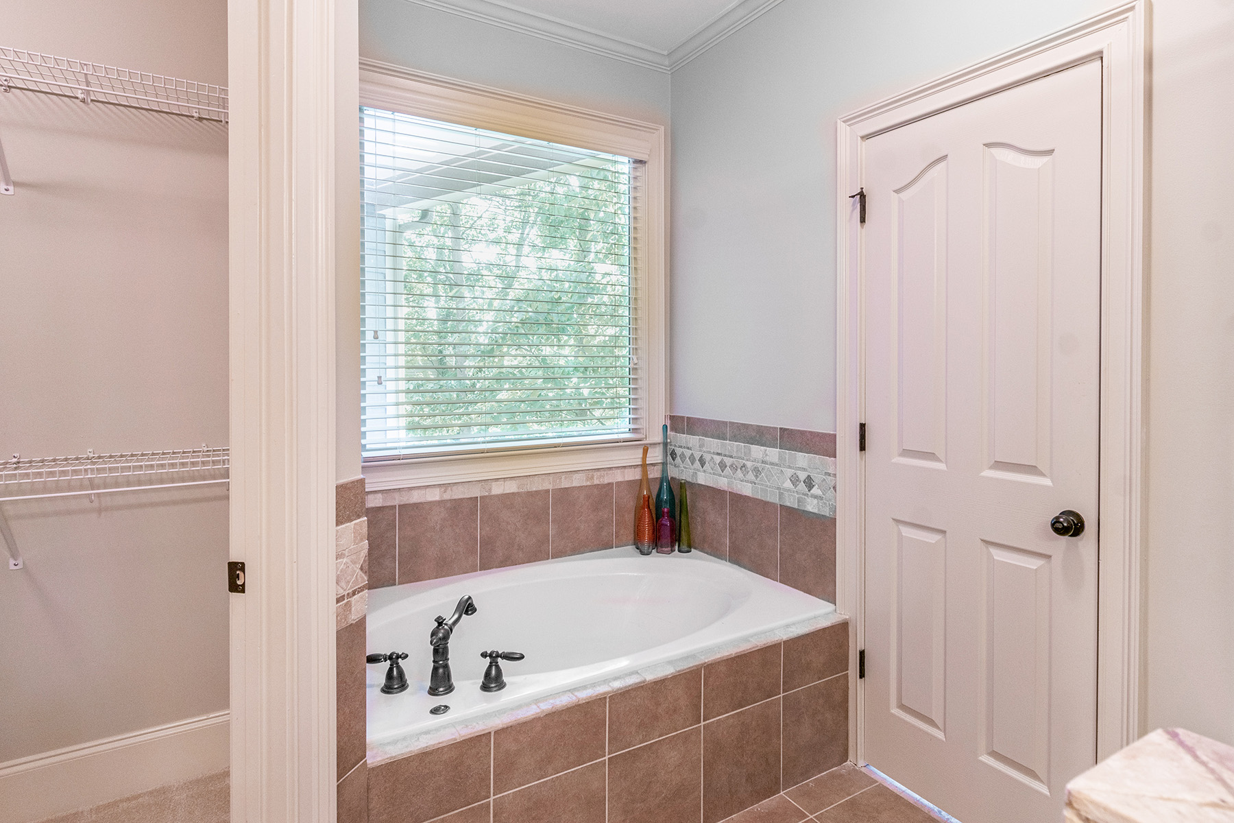 Additional photo for property listing at Pristine Cape Cod In Gated Georgia Mountain Community 188 Bluestern Drive SE, Big Canoe, Georgia 30143 Stati Uniti
