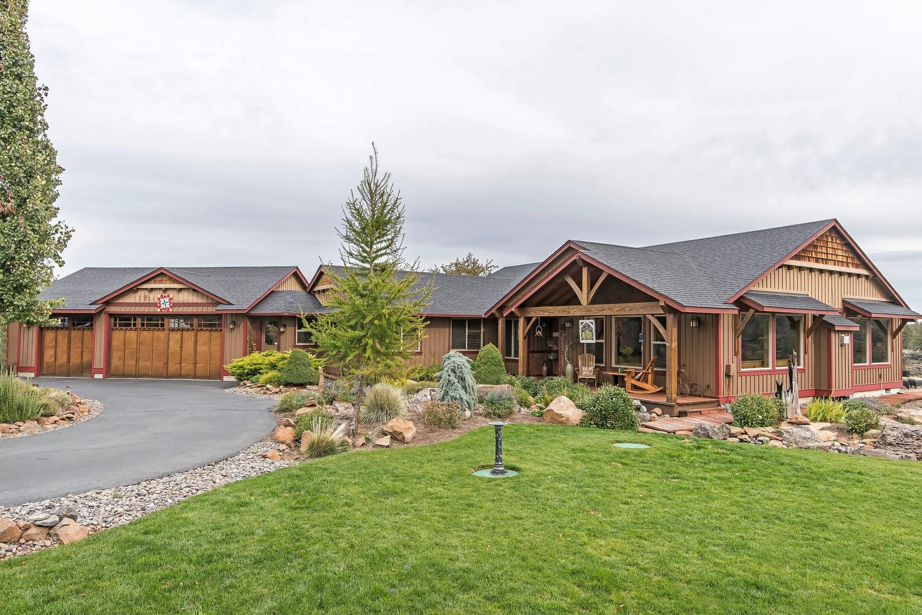 Single Family Homes pour l Vente à 17167 Mountain View Road Sisters, OR Sisters, Oregon 97759 États-Unis