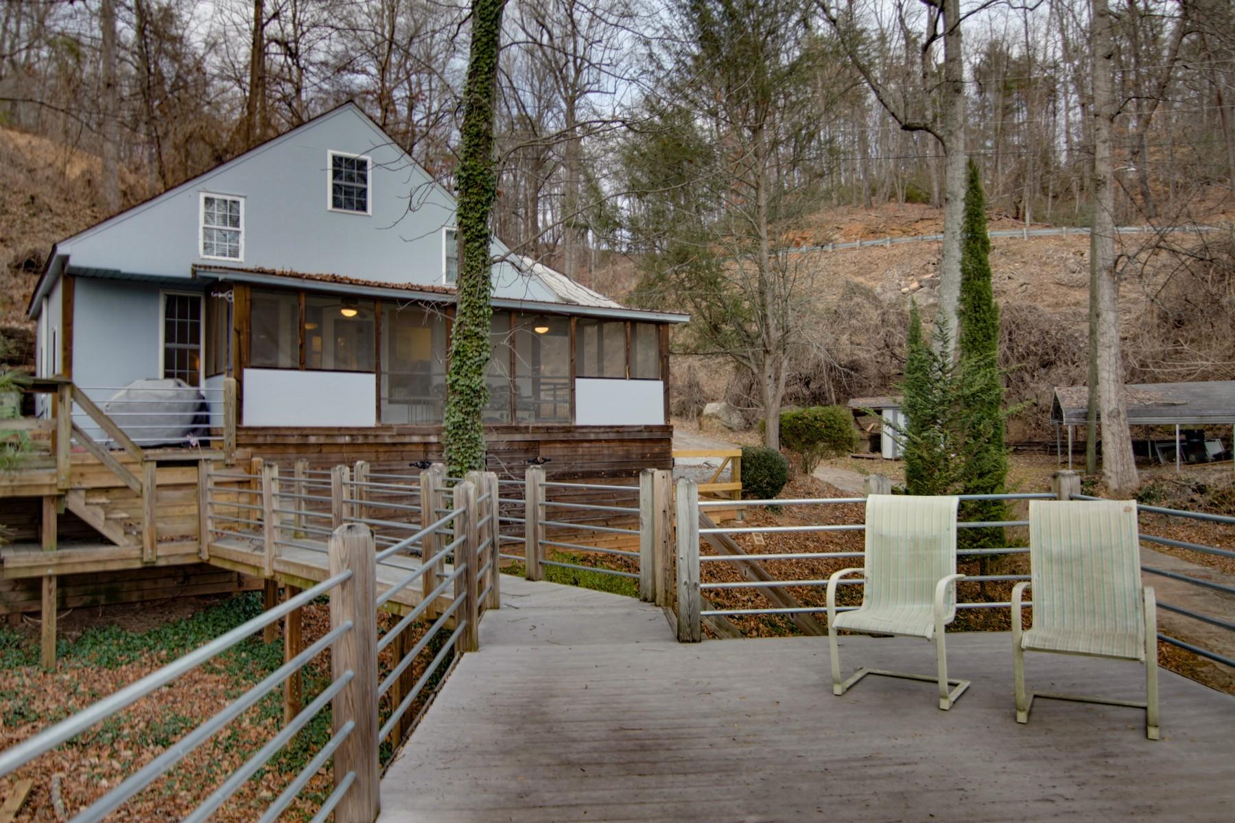 Casa Unifamiliar por un Venta en 132 Rock Crest Cove, Lake Lure, NC Lake Lure, Carolina Del Norte, 28746 Estados Unidos