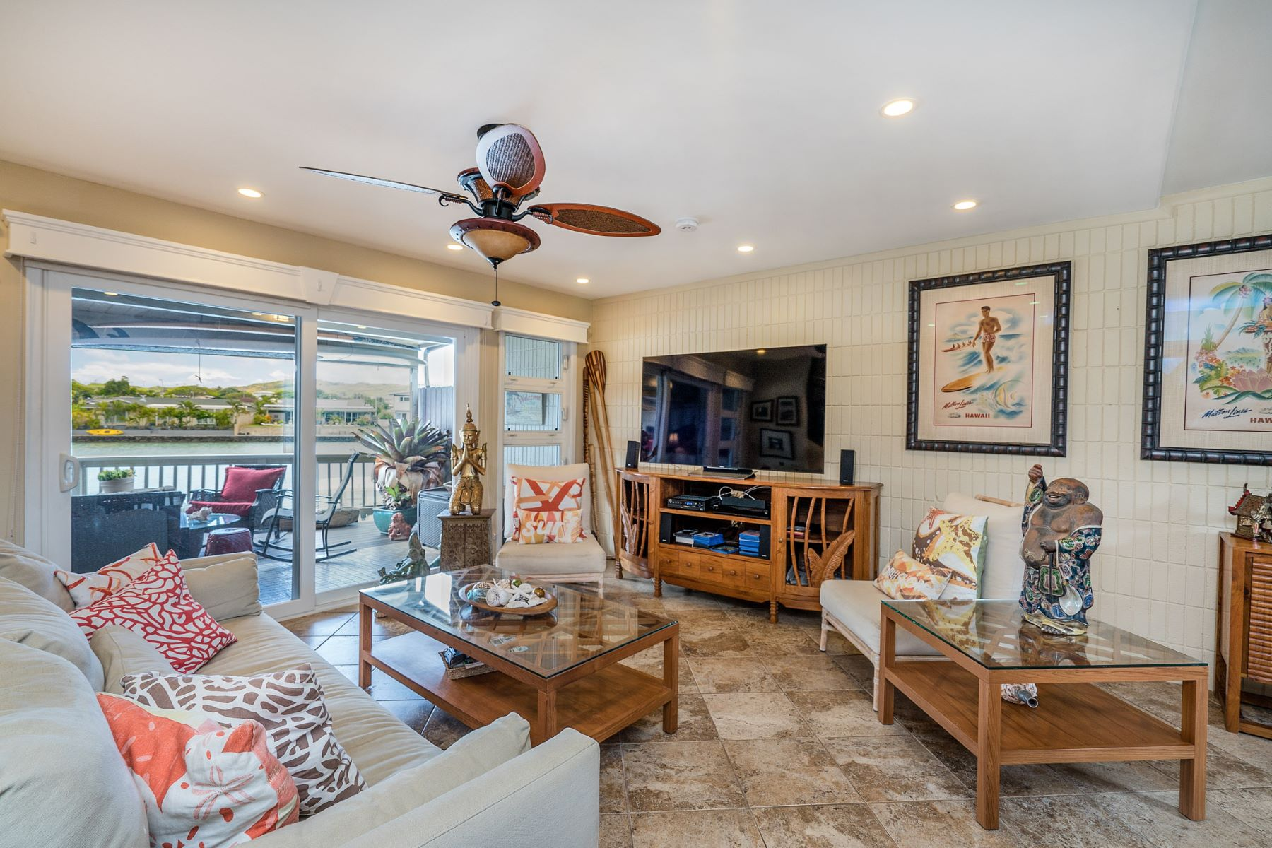 Additional photo for property listing at Marina Front Living 915 Koko Isle Circle #1603 Honolulu, Hawaii 96825 United States