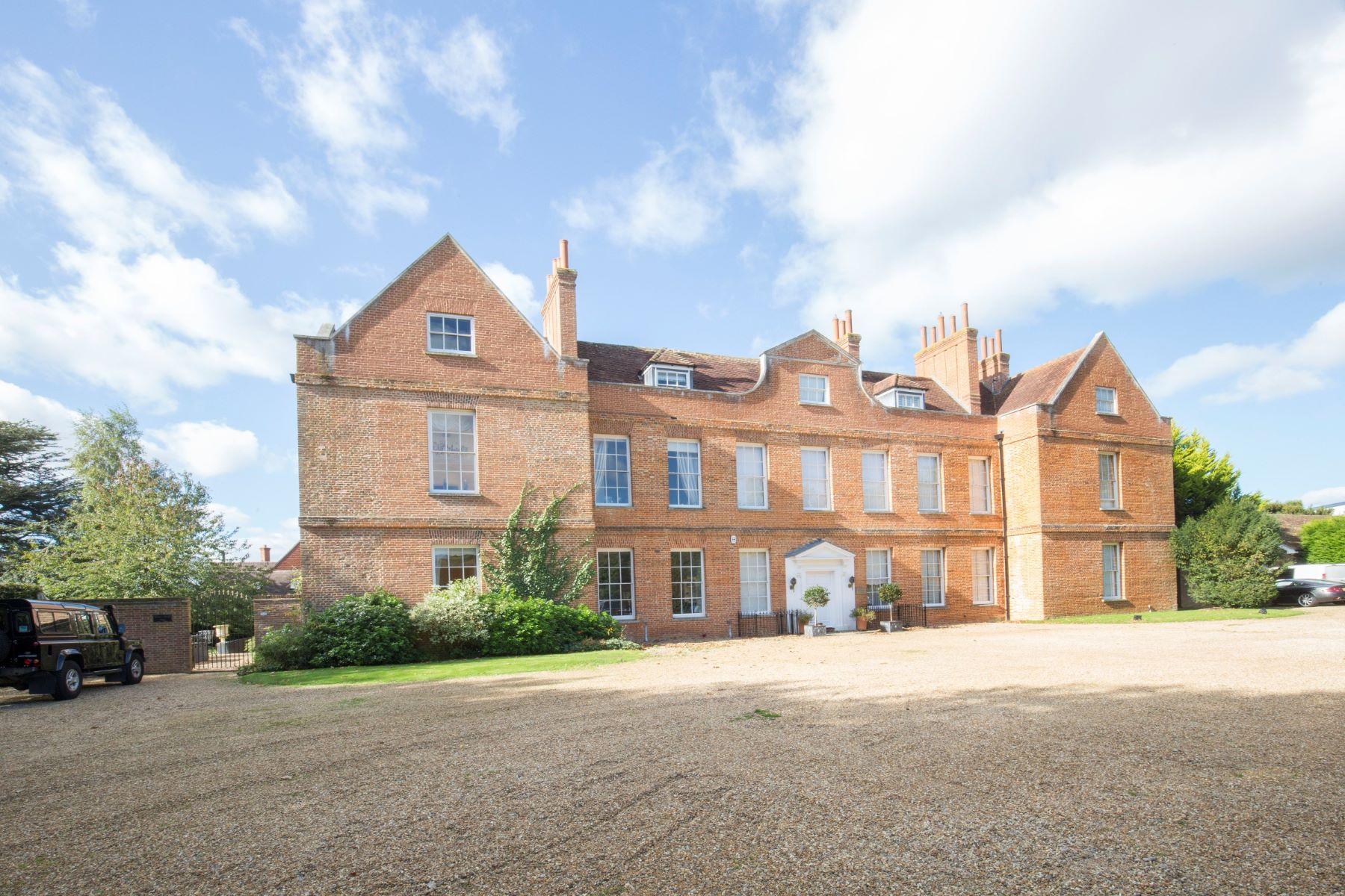 Частный односемейный дом для того Продажа на Guildford, Surrey Guildford, Англия, Великобритания