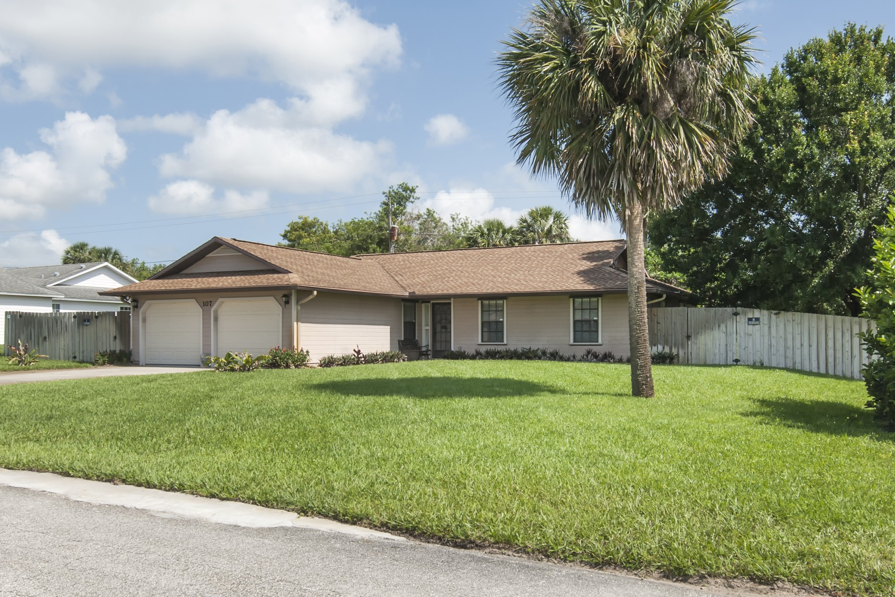 Single Family Home for Sale at Lovely Home on Oversized Lot Bordering on 104 Acre Reserve 107 N 19th Circle SW Vero Beach, Florida 32962 United States