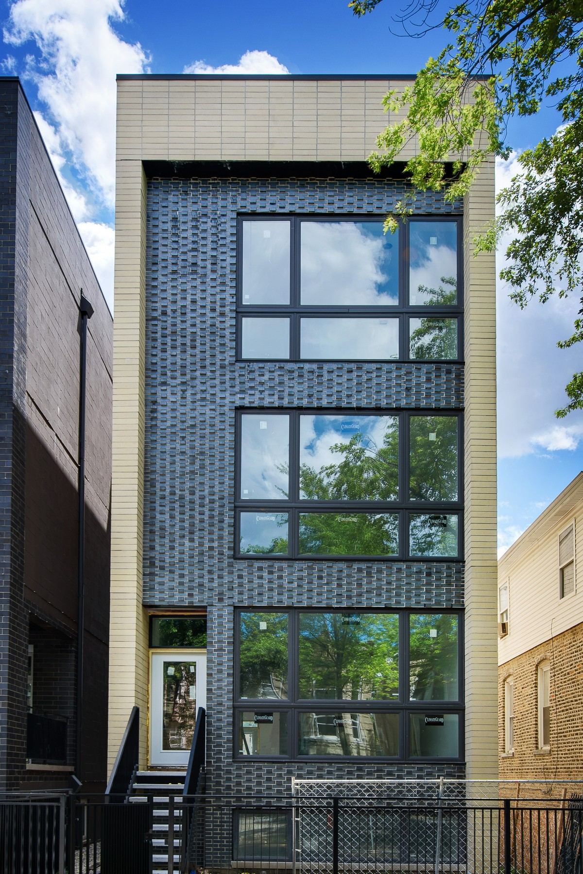 Condominium for Sale at Spacious Penthouse Unit in Three Unit New Construction Building 2441 W Haddon Avenue Unit 3 West Town, Chicago, Illinois, 60622 United States