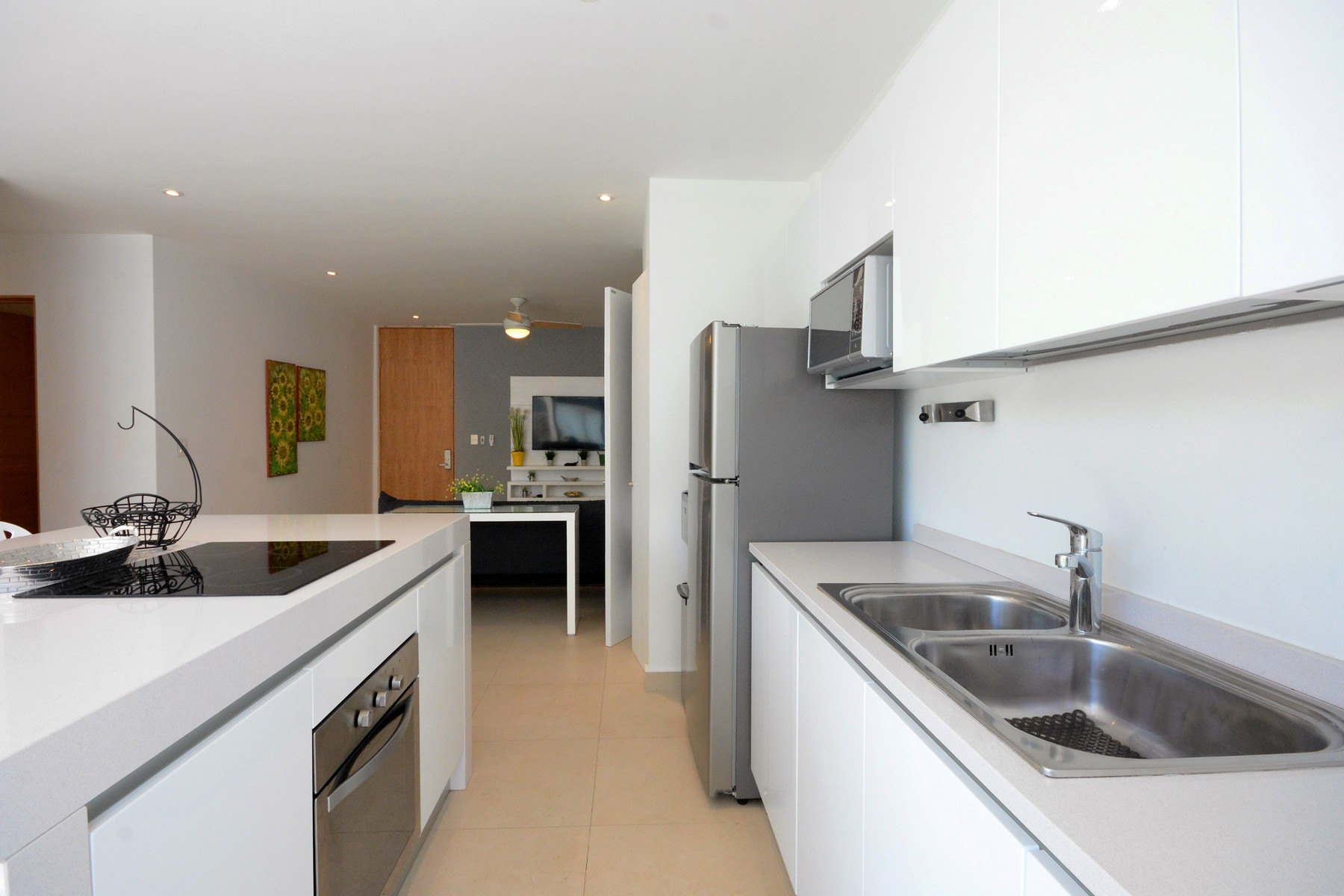 Additional photo for property listing at EXCLUSIVE COCO BEACH APARTMENT Exclusive Coco Beach Apartment 44th street, between 1st & 5th avenue Playa Del Carmen, Quintana Roo 77710 Mexico