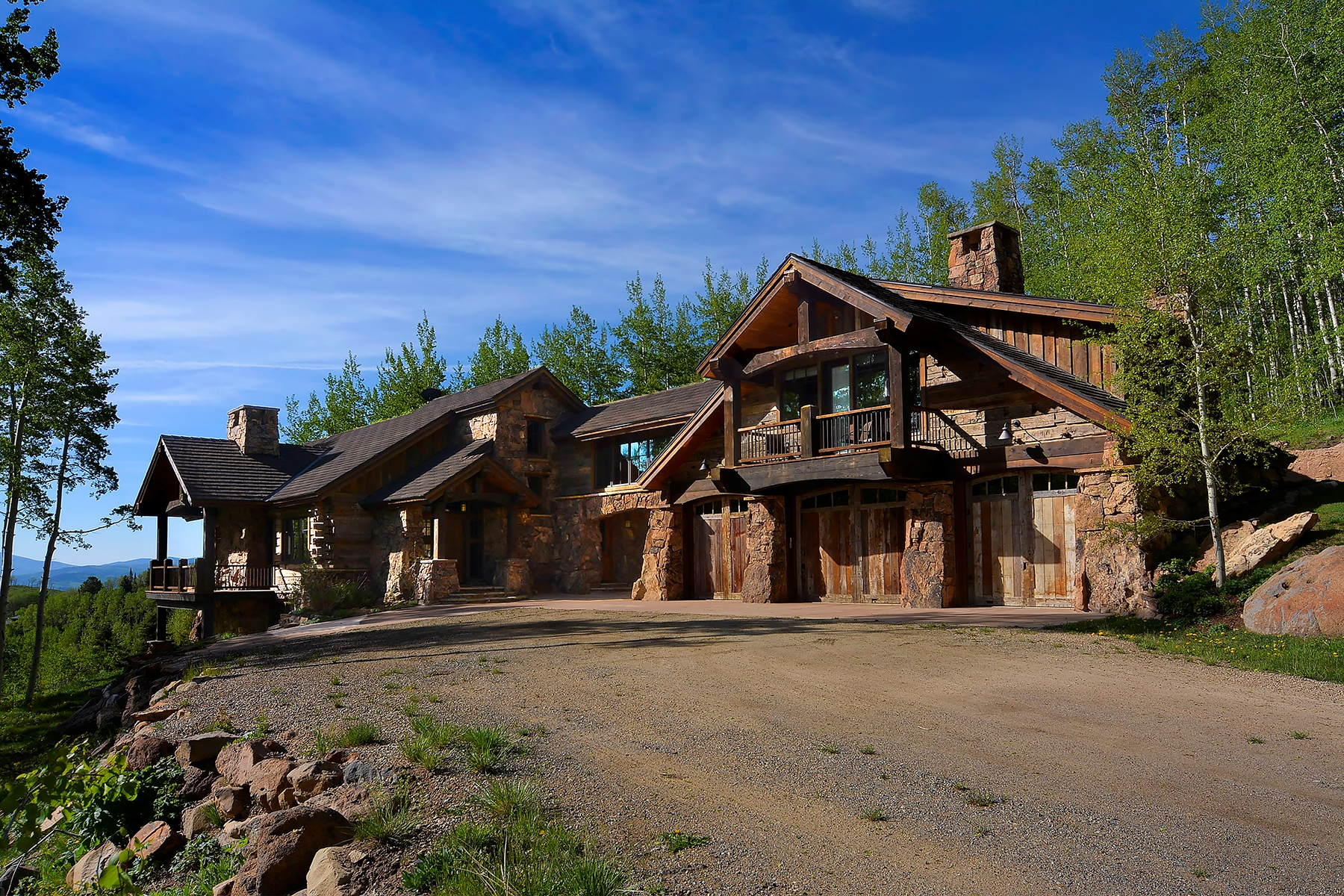 Casa Unifamiliar por un Venta en Spectacular Home with Privacy 1515 Red Mountain Ranch Road Crested Butte, Colorado, 81224 Estados Unidos