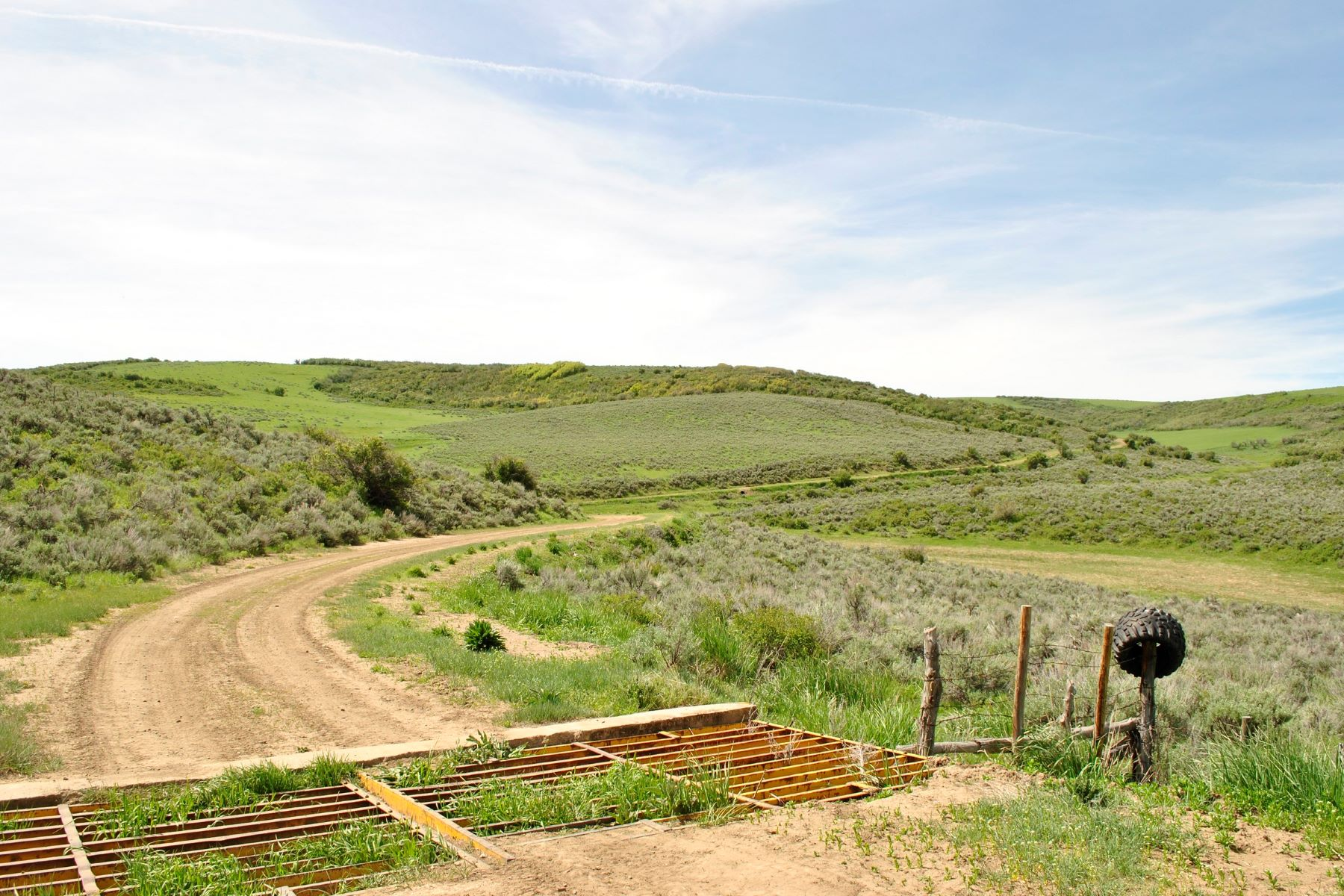 Additional photo for property listing at Buffalo Wallow Ranch TBD County Road 74 Hayden, Colorado 81639 États-Unis
